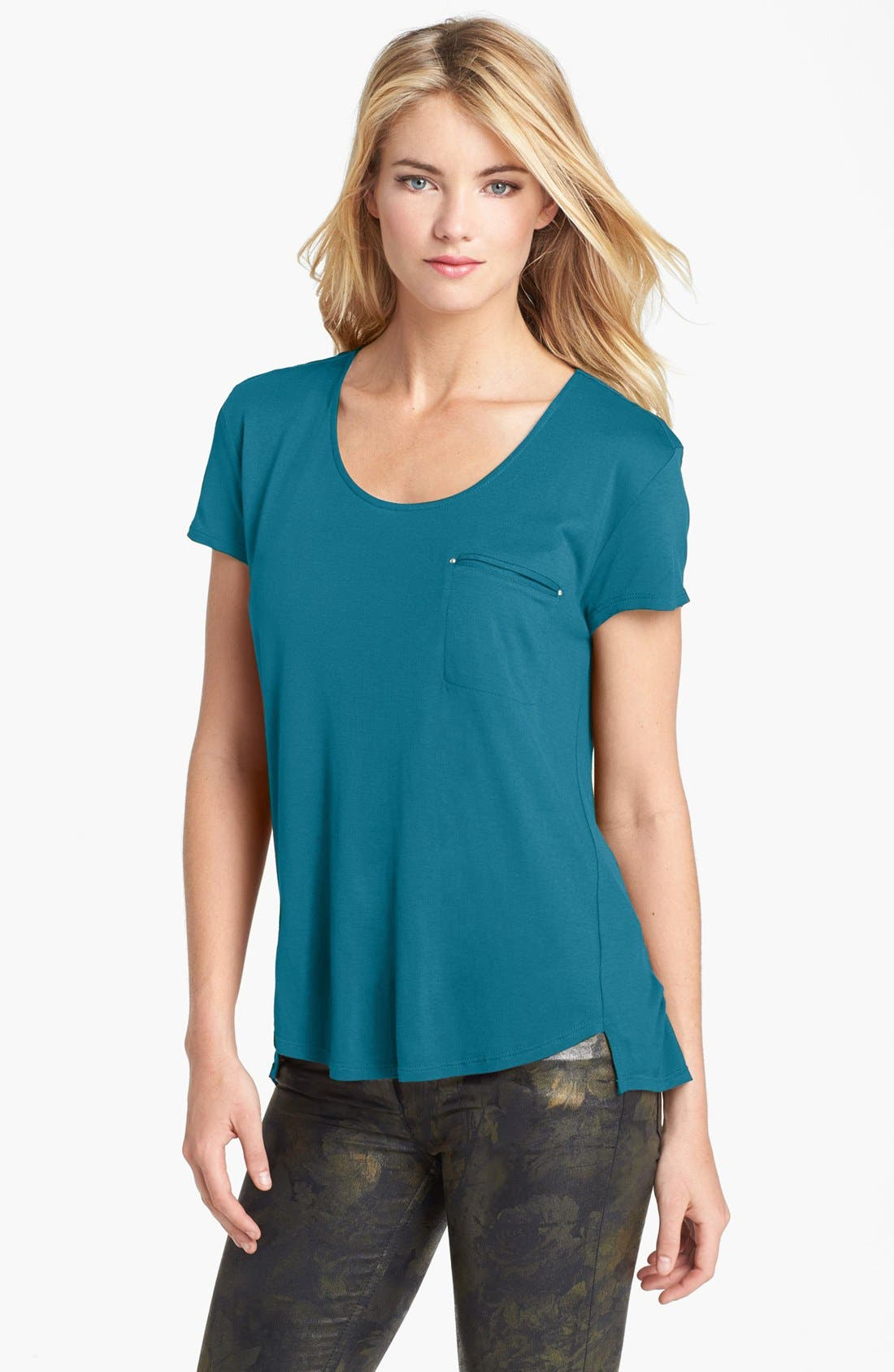 Main Image - Two by Vince Camuto High/Low Tee