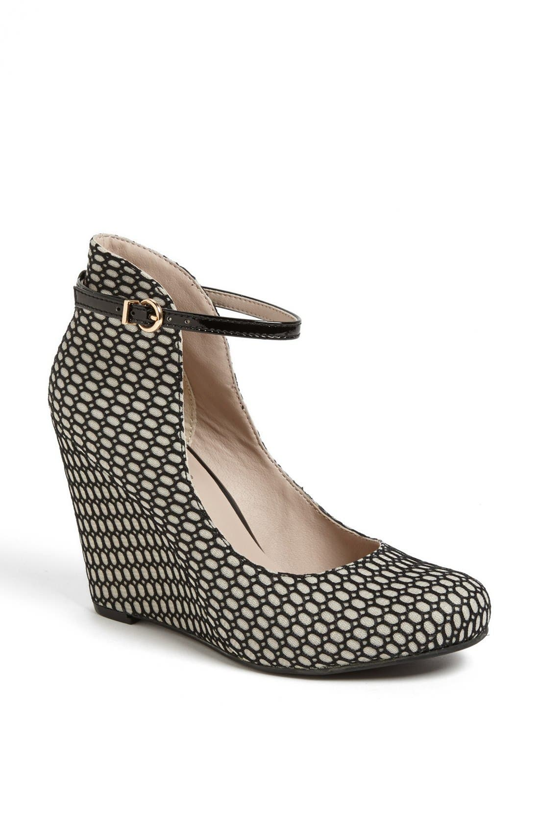 Alternate Image 1 Selected - Seychelles 'Dynamite' Fishnet Overlay Pump