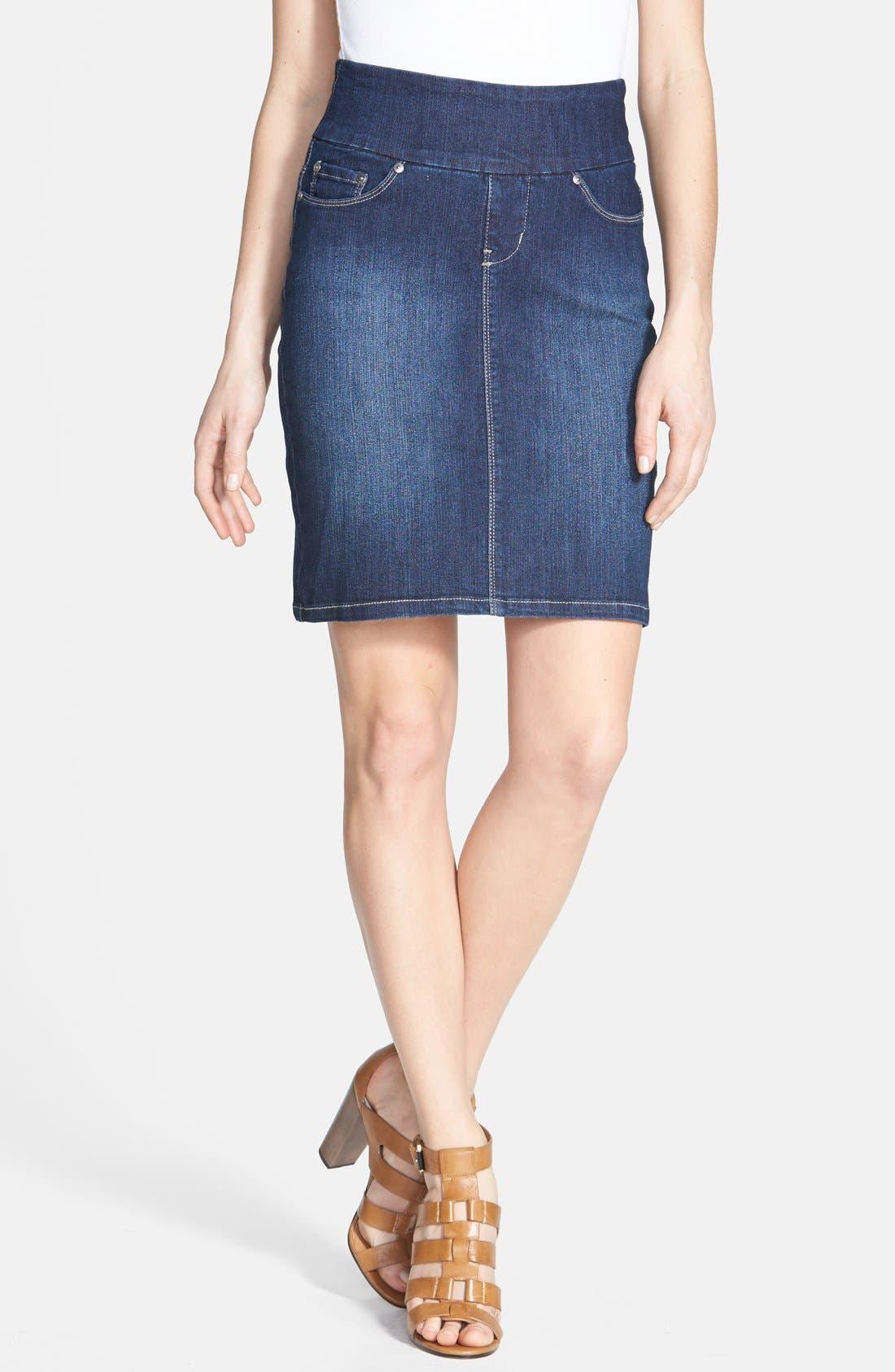 Alternate Image 1 Selected - Jag Jeans 'Eloise' Pull-On Stretch Denim Skirt (Regular & Petite)