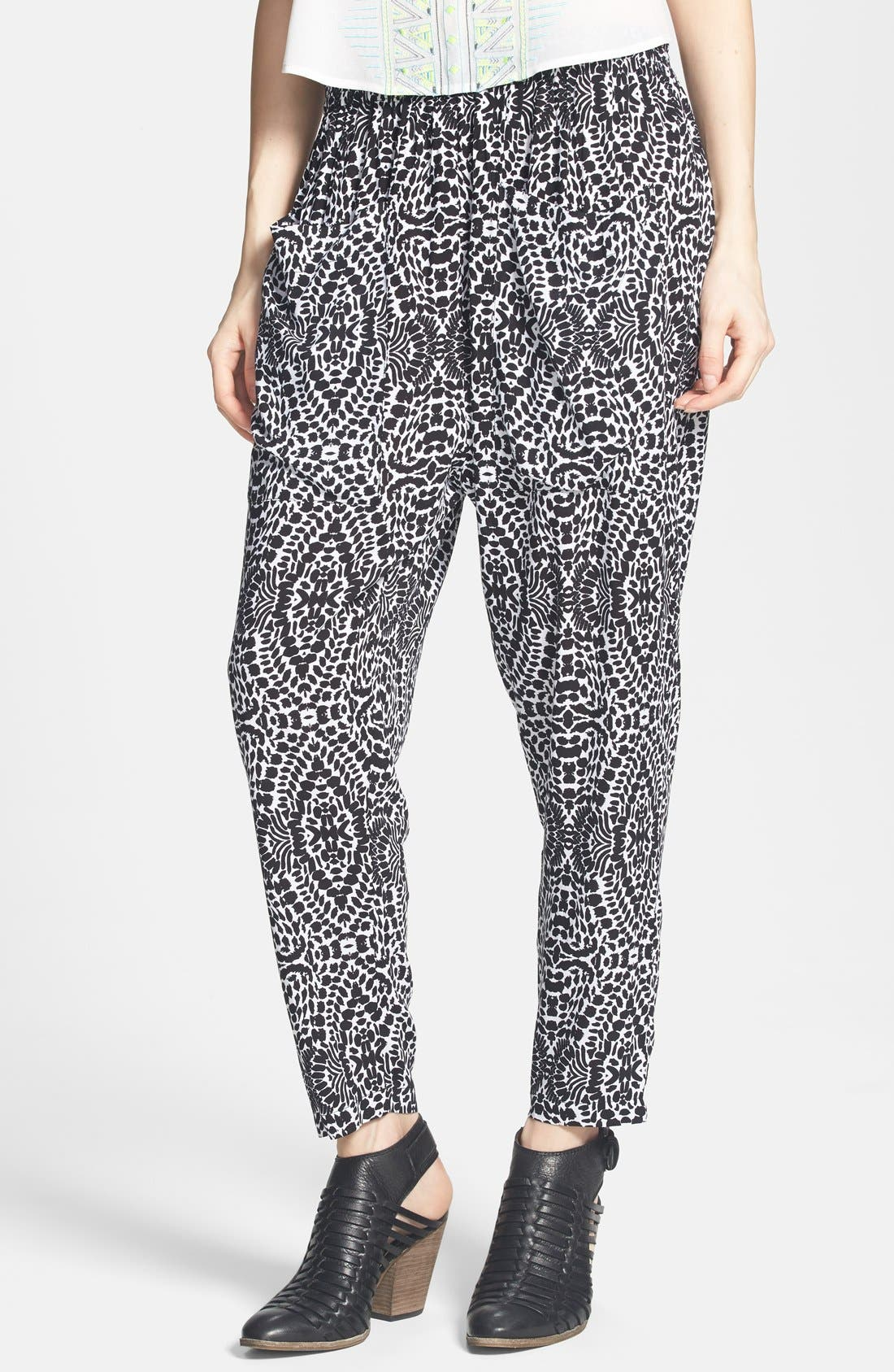 Alternate Image 1 Selected - Mimi Chica Print Harem Pants (Juniors) (Online Only)