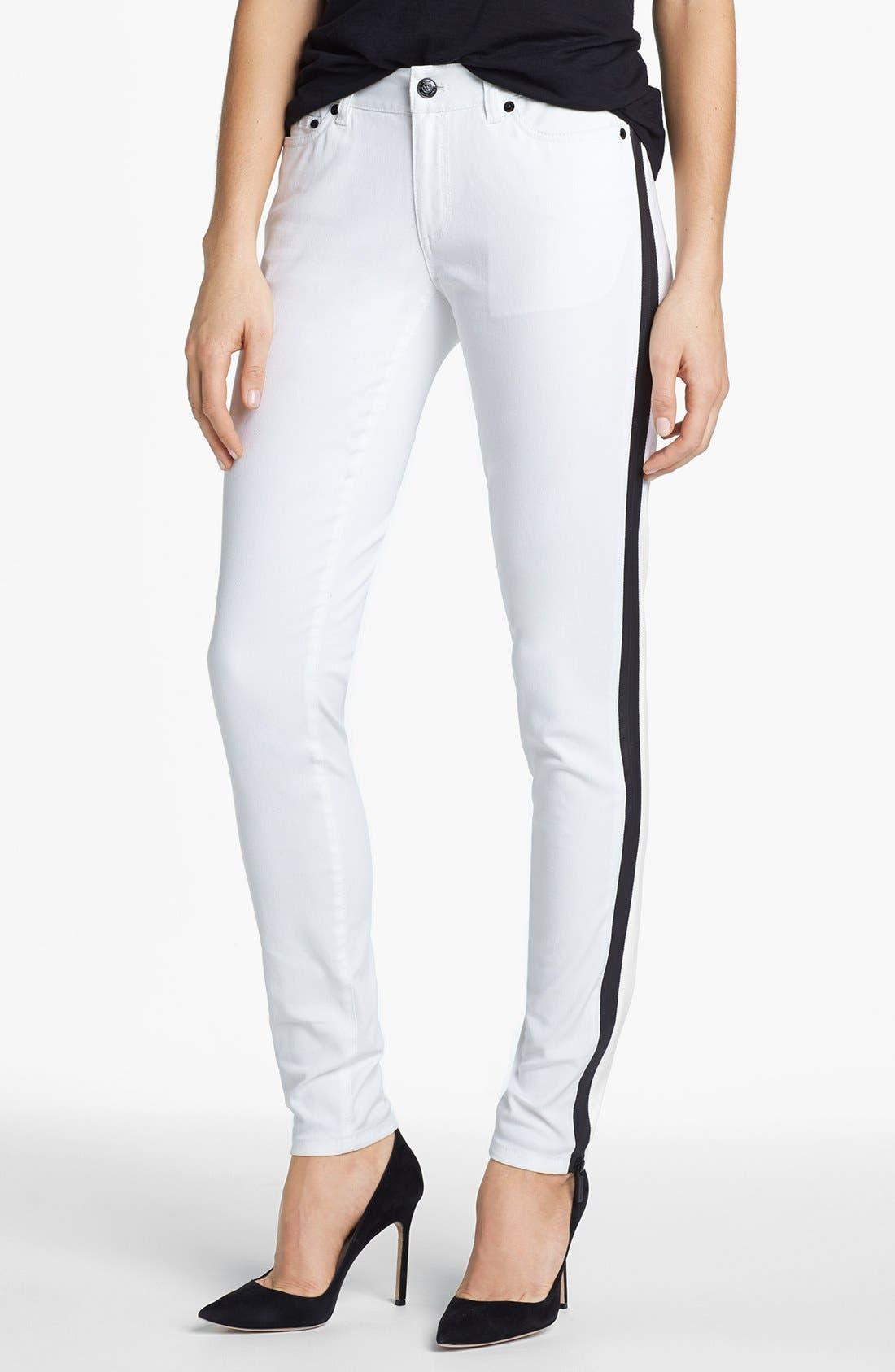Main Image - MICHAEL Michael Kors Contrast Trim Skinny Jeans (White)