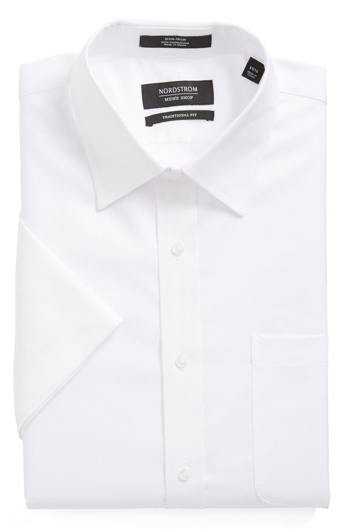 Main Image - Nordstrom Men's Shop Traditional Fit Non-Iron Short Sleeve Dress Shirt