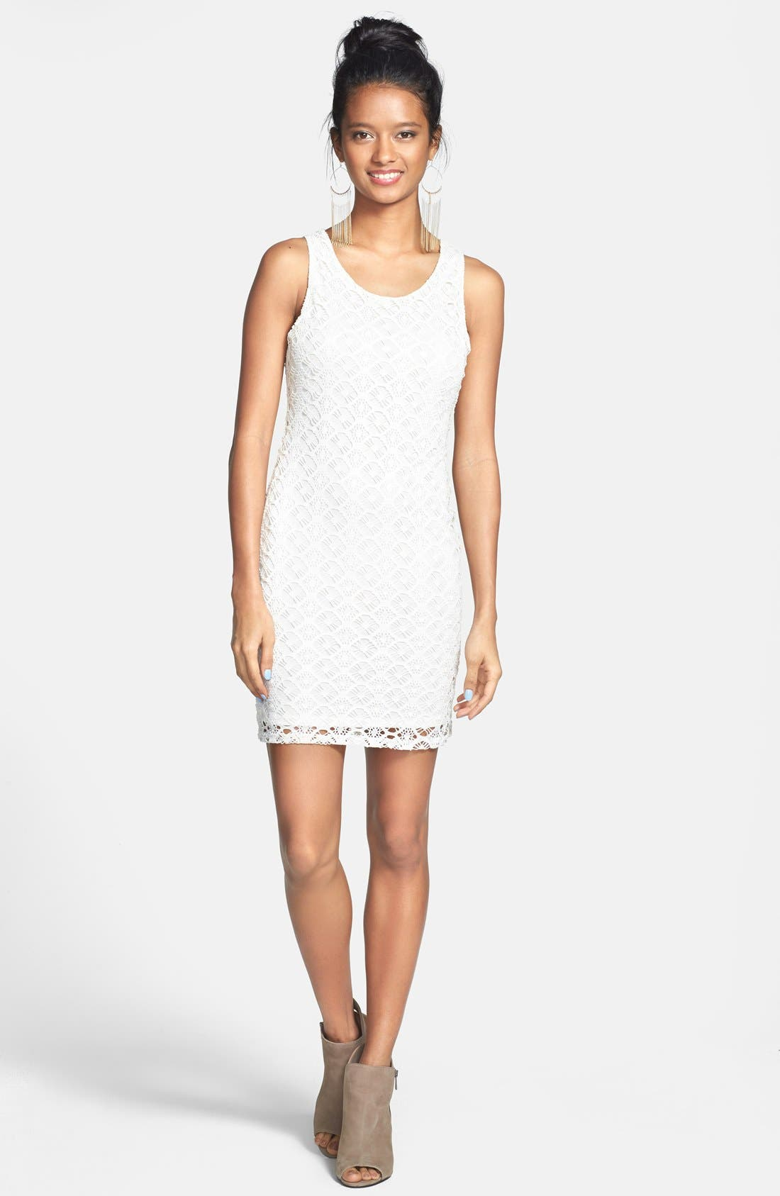 Alternate Image 1 Selected - Painted Threads Back Cutout Crochet Body-Con Dress (Juniors)