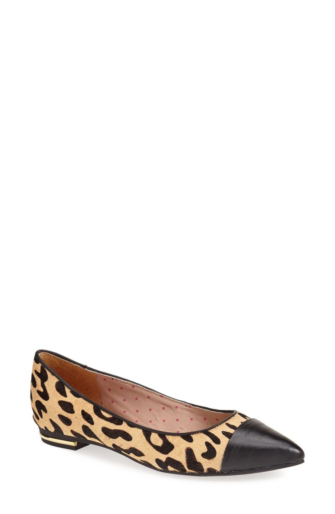 Main Image - Isaac Mizrahi New York 'Gayle' Pointy Toe Flat (Women)