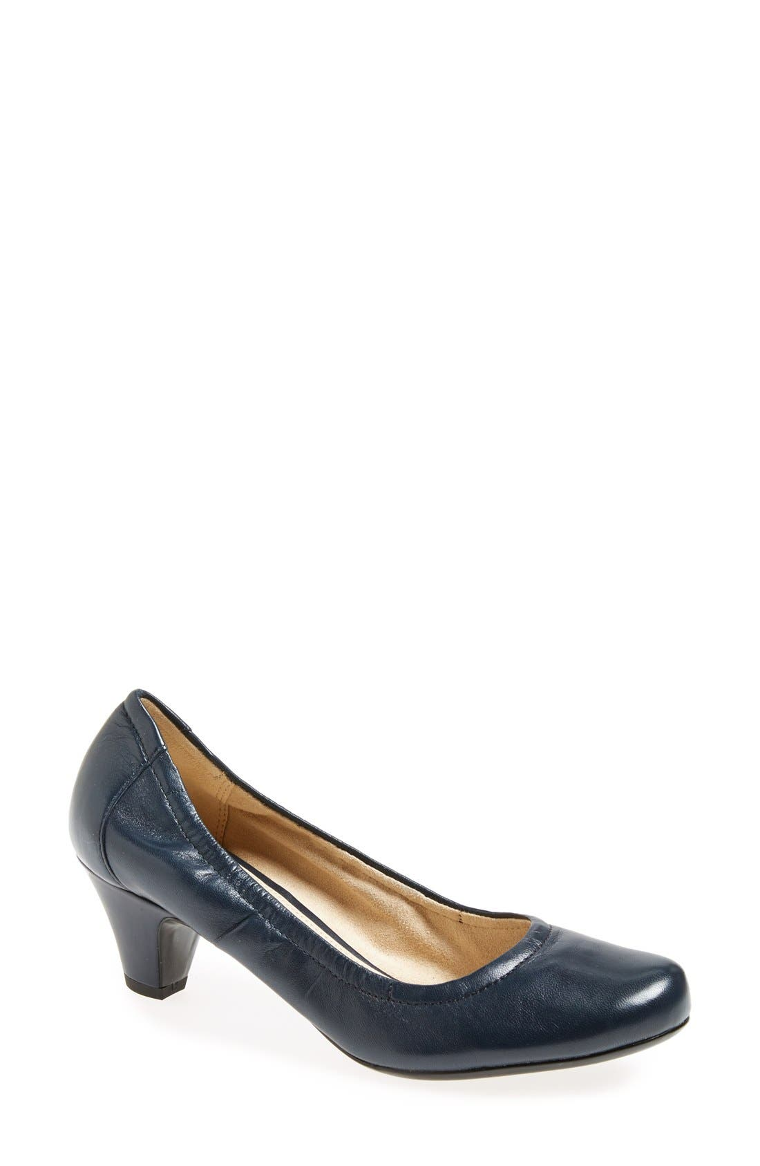 Naturalizer 'Stargaze' Round Toe Pump (Women)