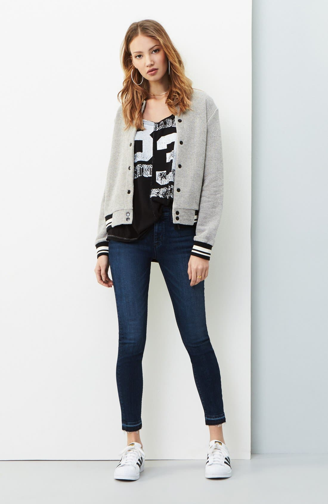 cupcakes and cashmere Jacket, Free People Tee & Hudson Jeans Skinny Jeans Outfit with Accessories