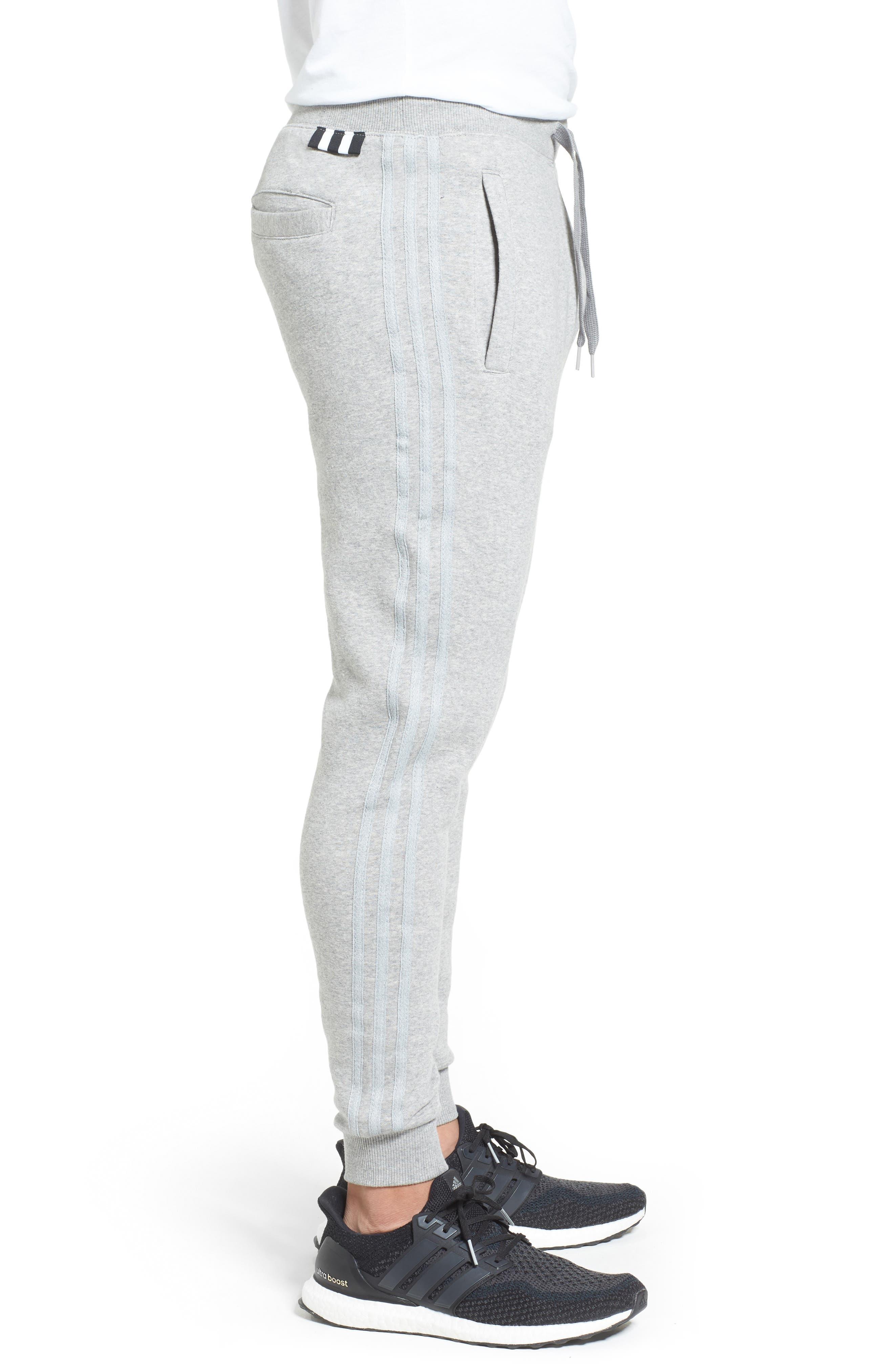 Alternate Image 3  - adidas Originals Tapered Fit Sweatpants