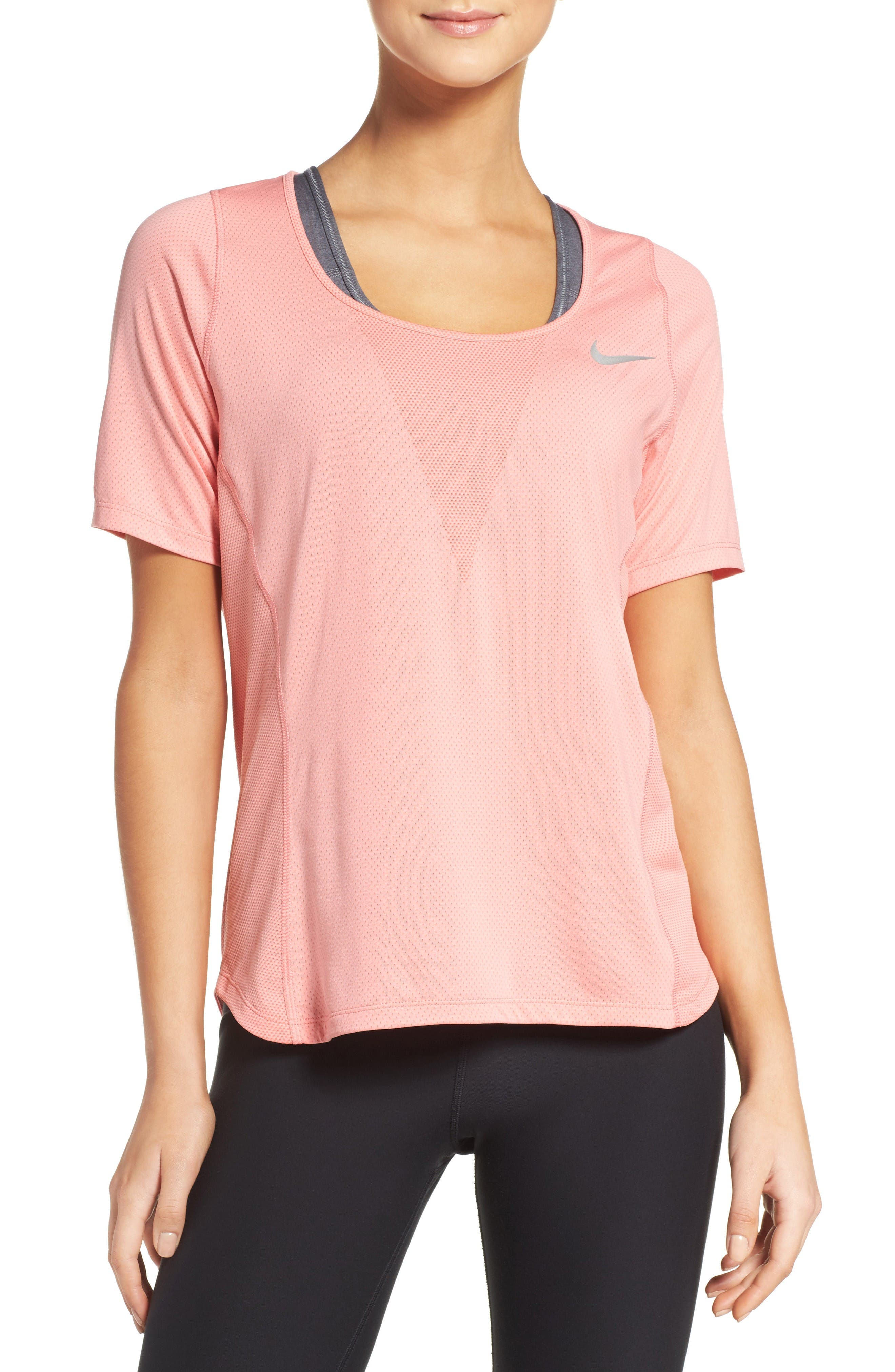 NIKE Zonal Cooling Relay Tee