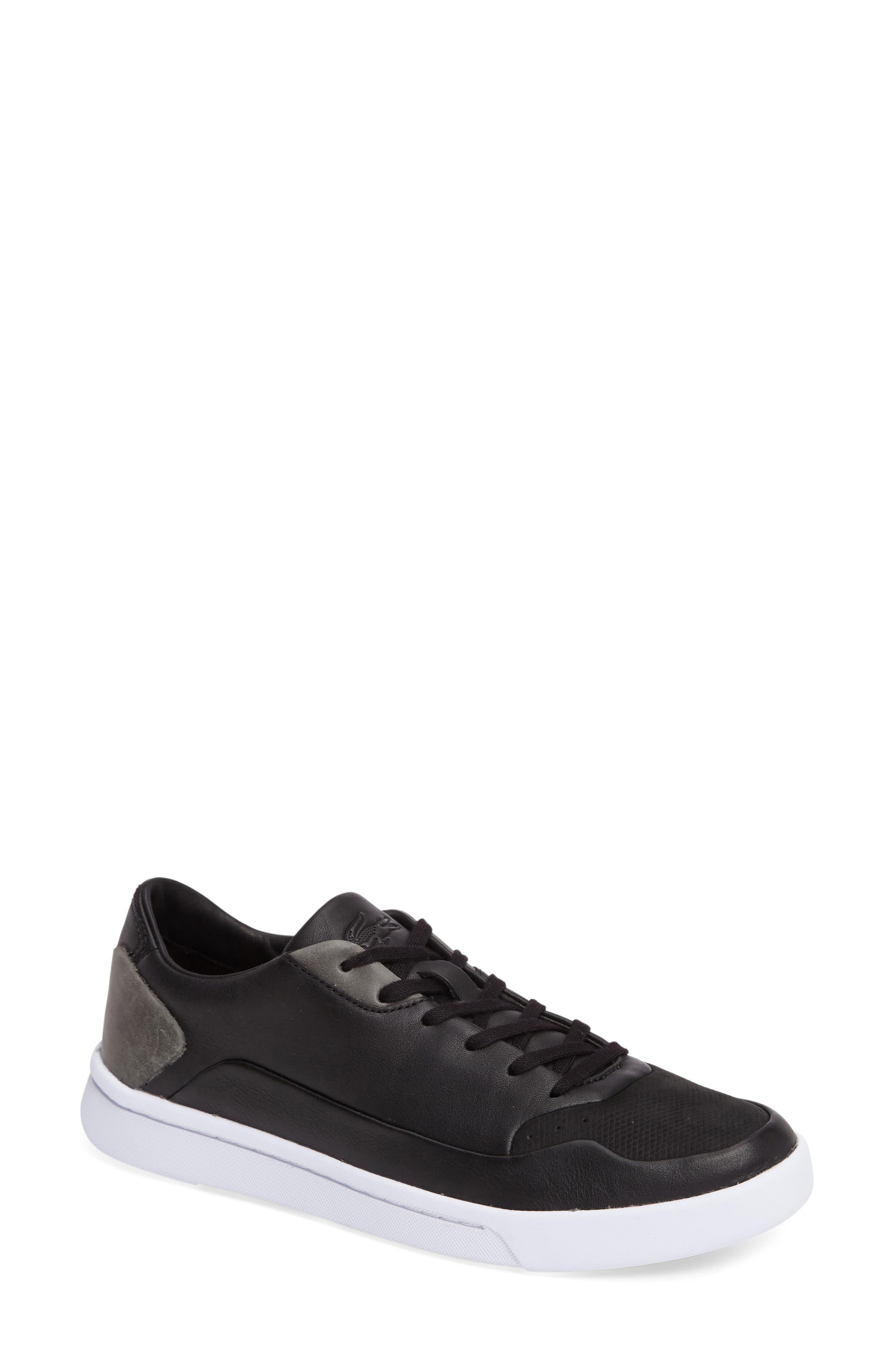 LACOSTE Doucet Sneaker