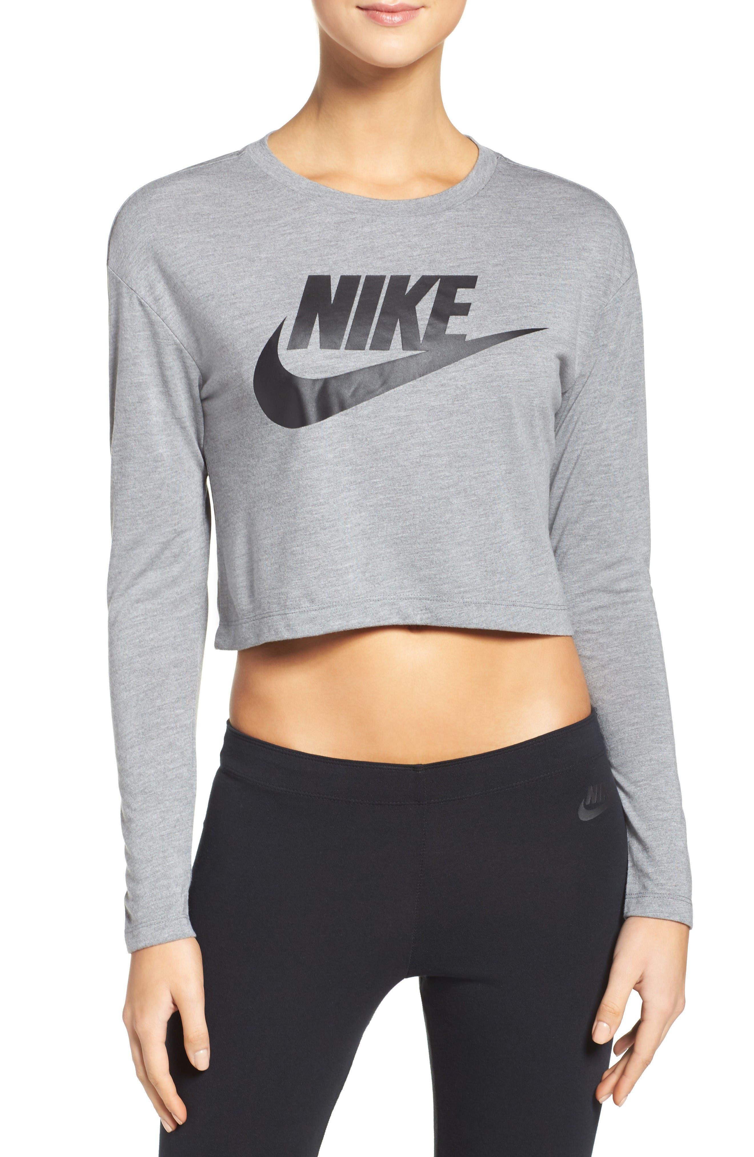 Nike Sportswear Graphic Crop Tee