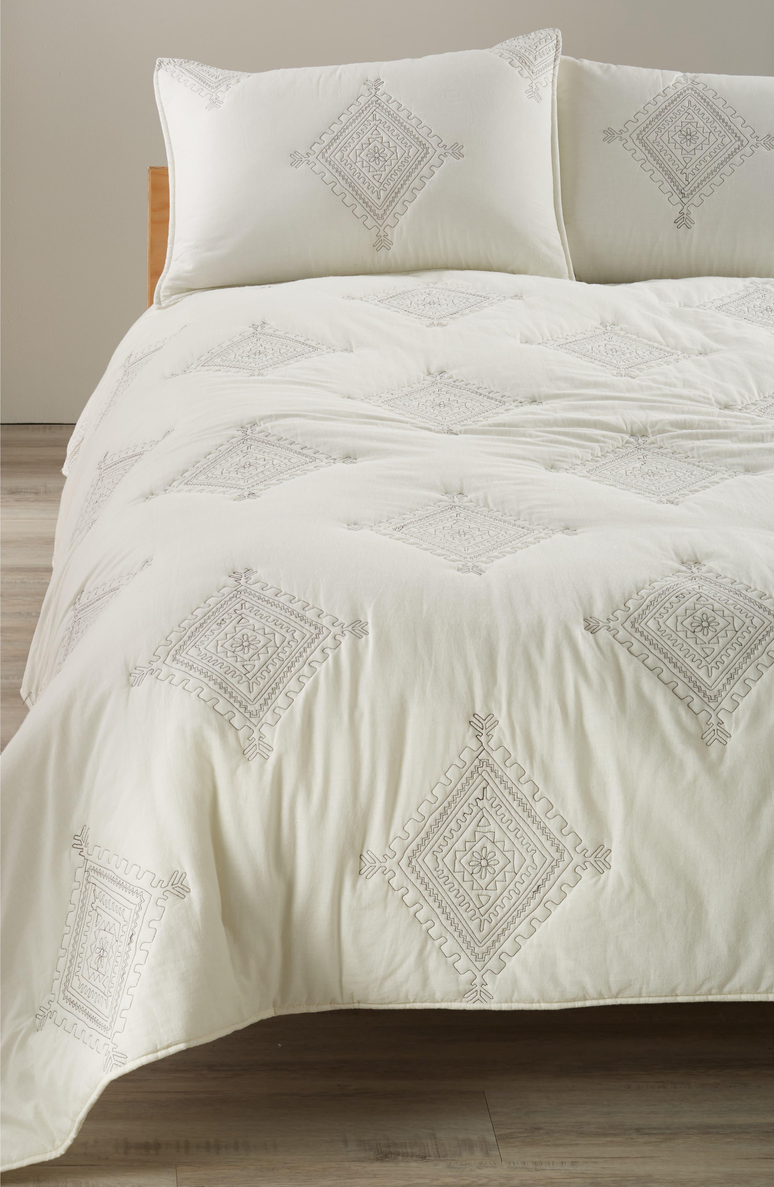 Levtex Zira Quilted Comforter