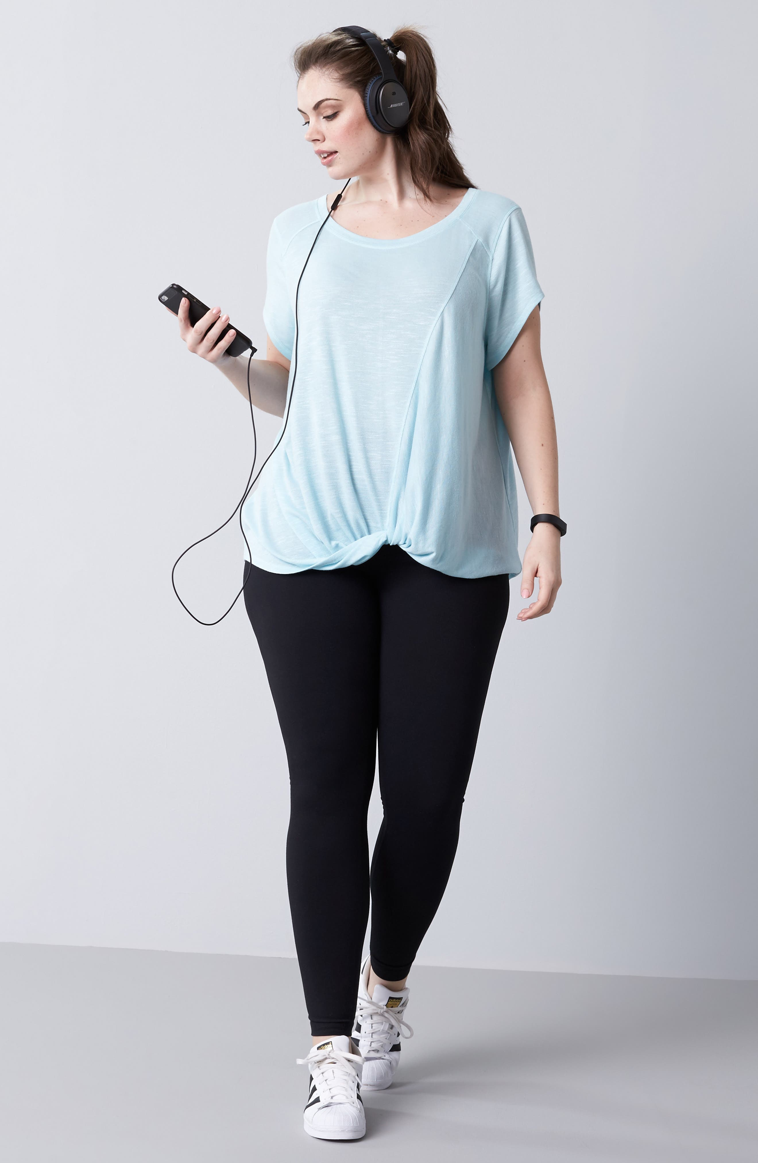 Zella Tee & Leggings Outfit with Accessories (Plus Size)