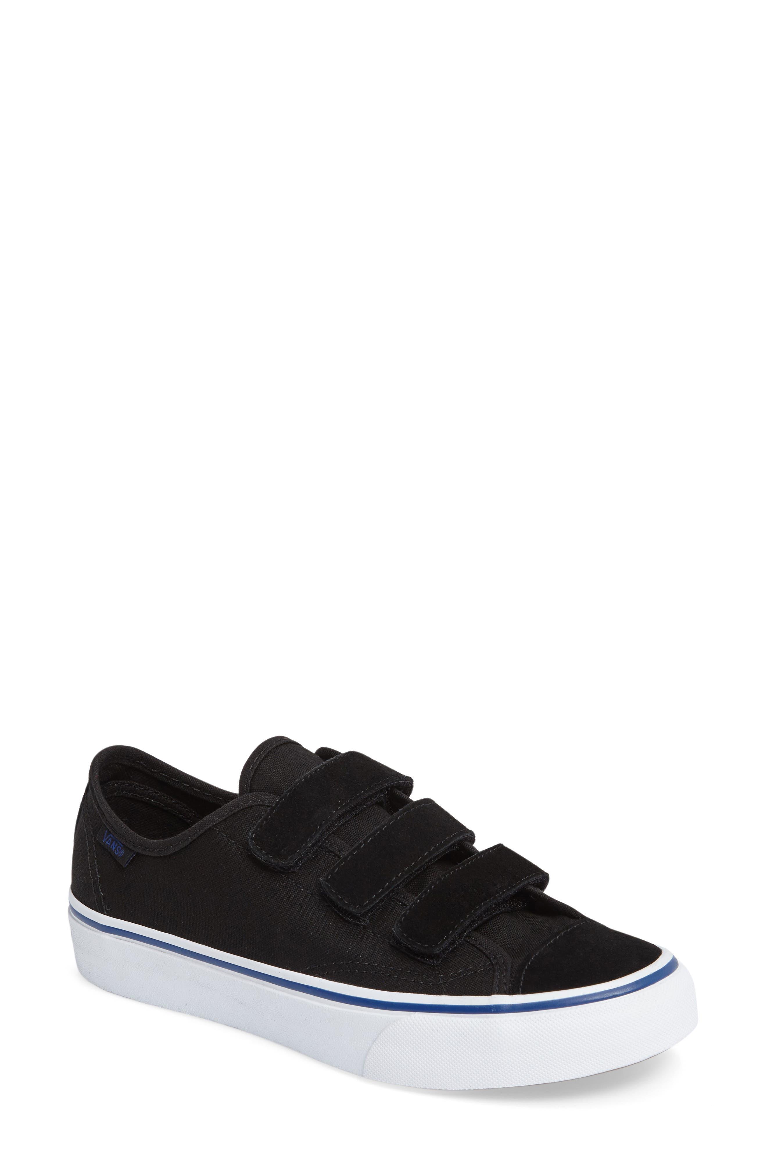 Vans Low Top Sneaker (Women)
