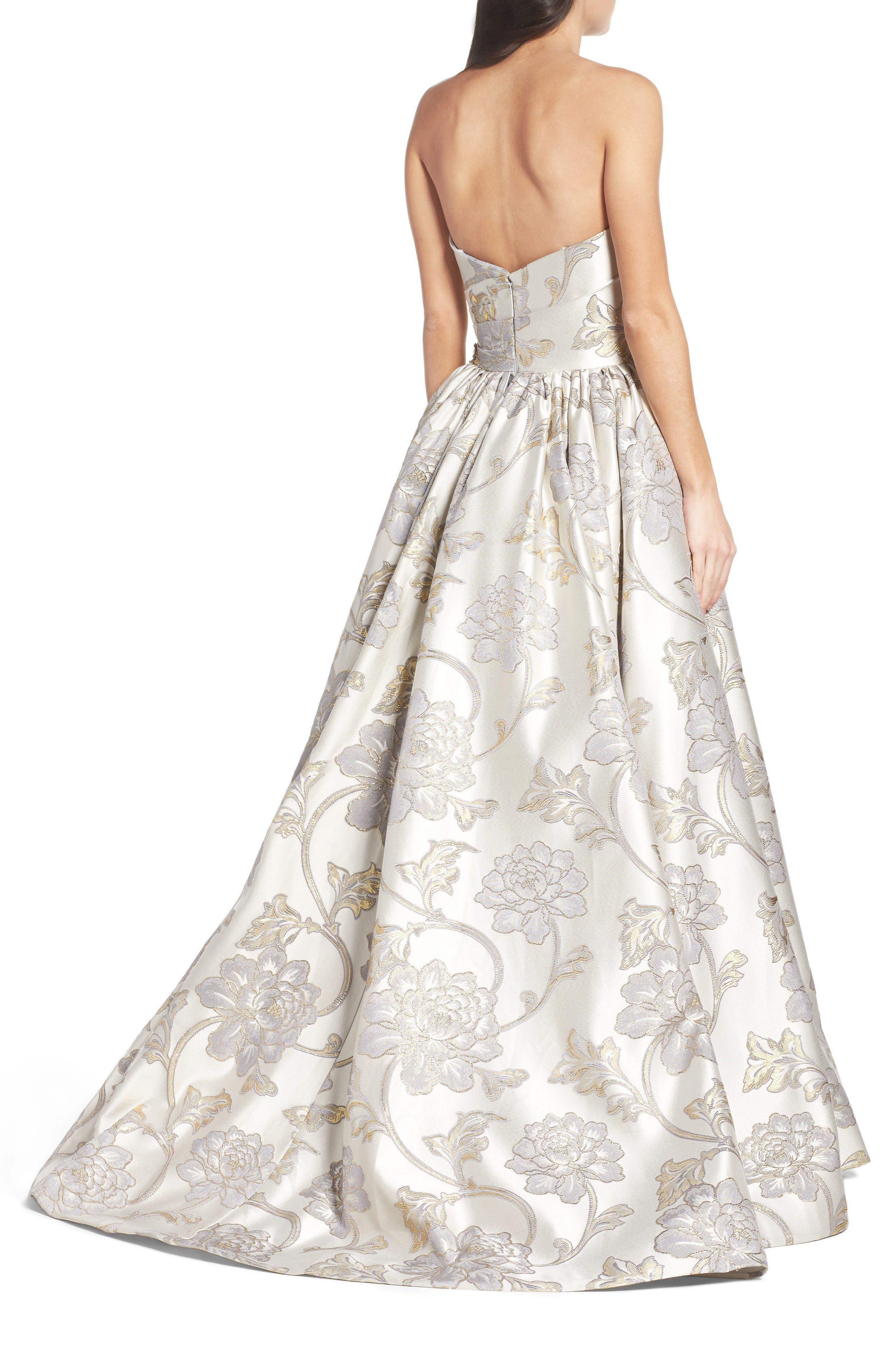 Alternate Image 2  - Mac Duggal Metallic Brocade Gown