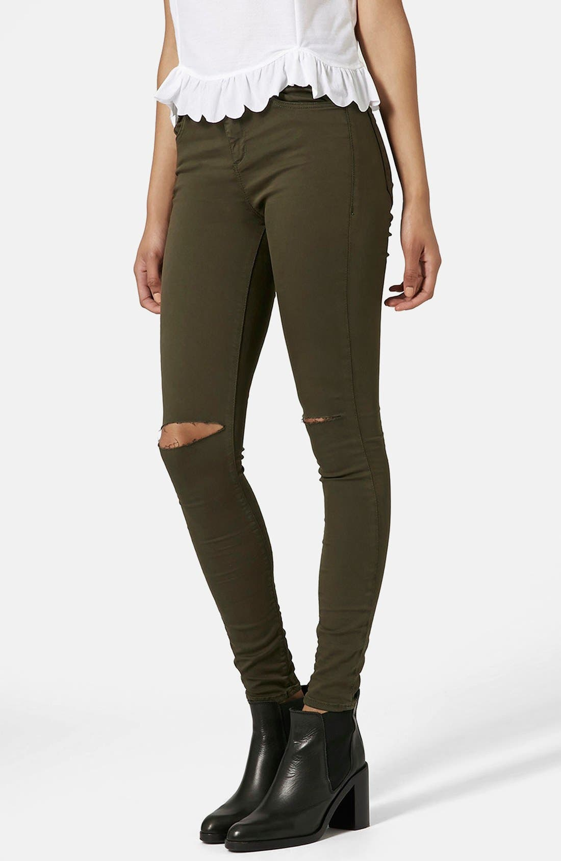 Main Image - Topshop Moto 'Leigh' Ripped Skinny Jeans (Olive) Short