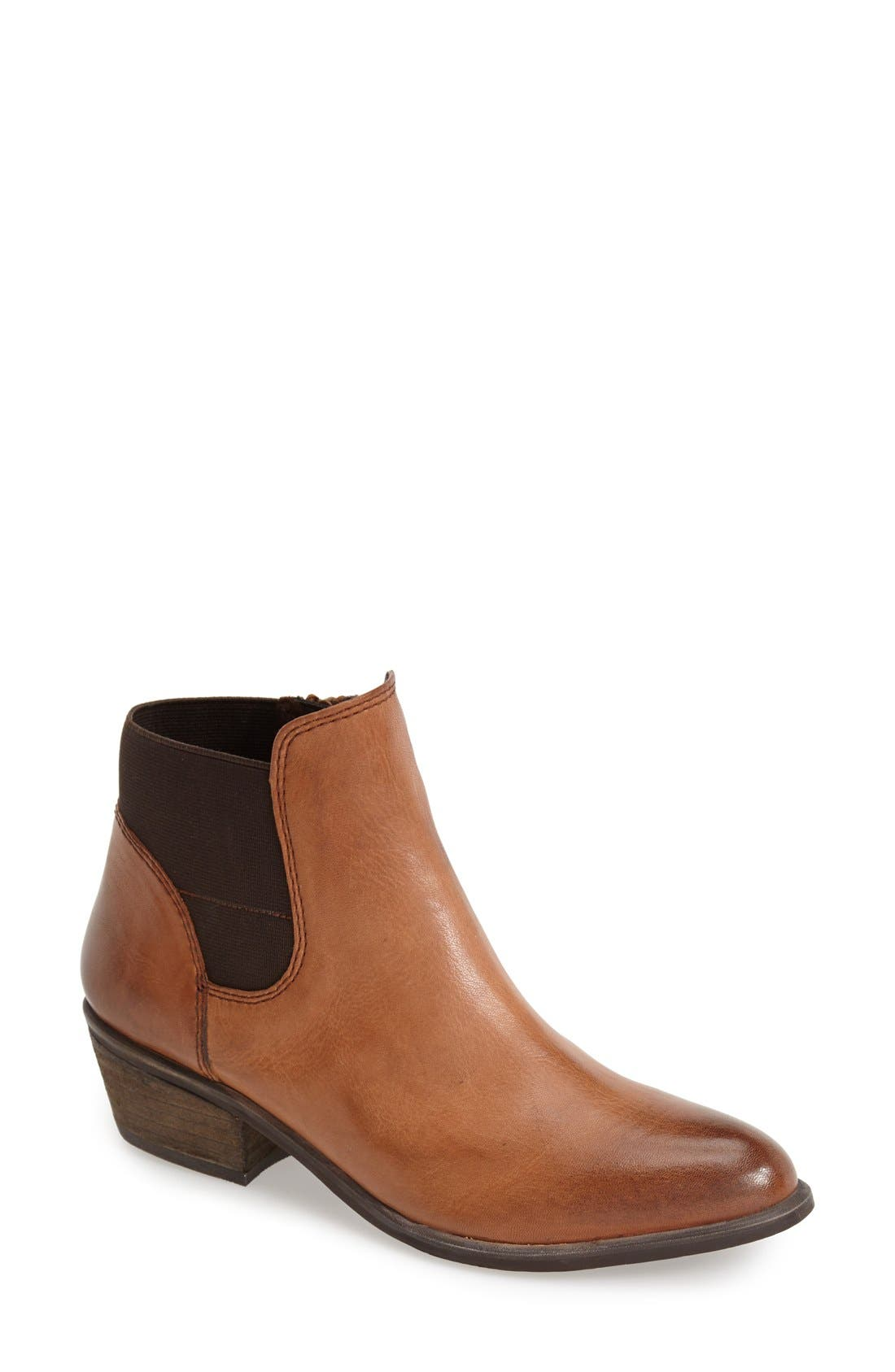 Alternate Image 1 Selected - Steve Madden 'Rozamare' Leather Ankle Bootie (Women)