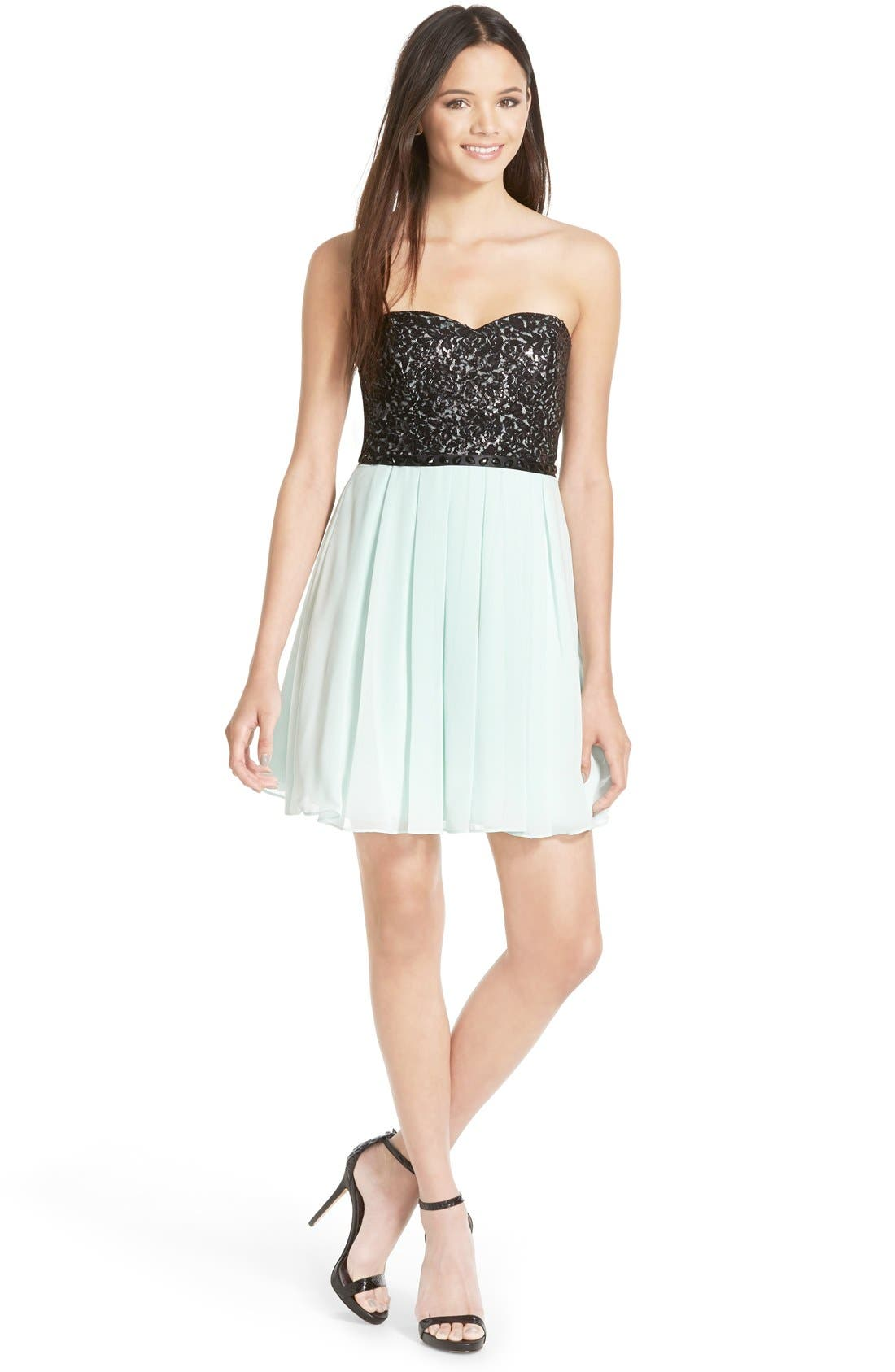 Main Image - Sequin Hearts Strapless Lace Bodice Skater Dress