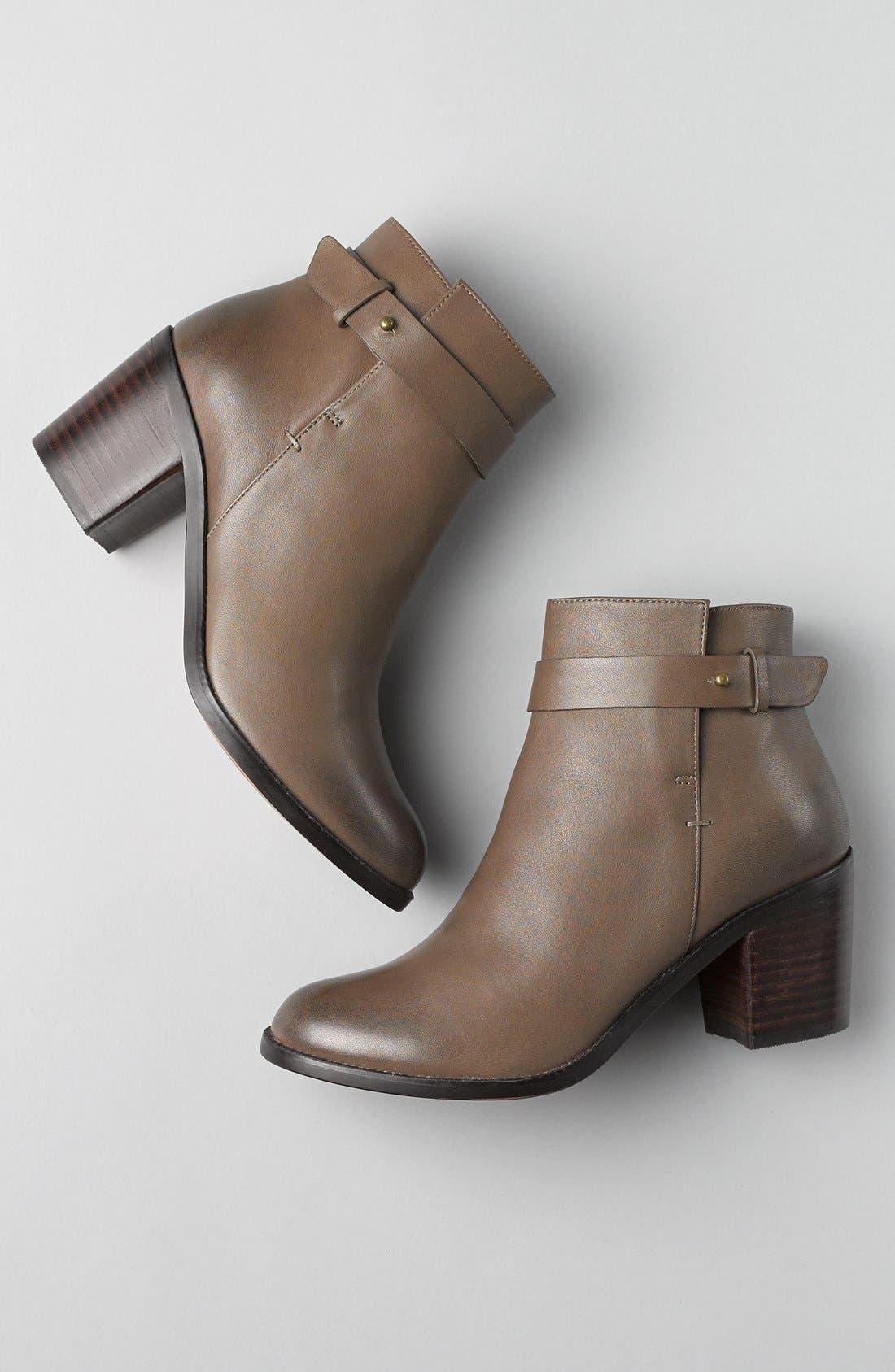 Alternate Image 5  - Halogen® 'Glenna' Leather Ankle Bootie (Women)