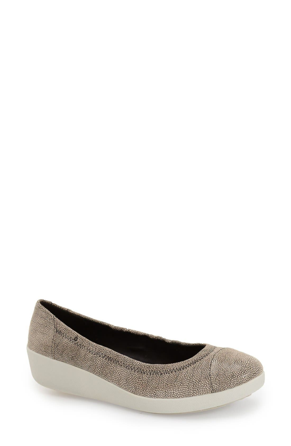 Main Image - FitFlop™ 'F-Pop' Leather Ballerina Flat (Women)