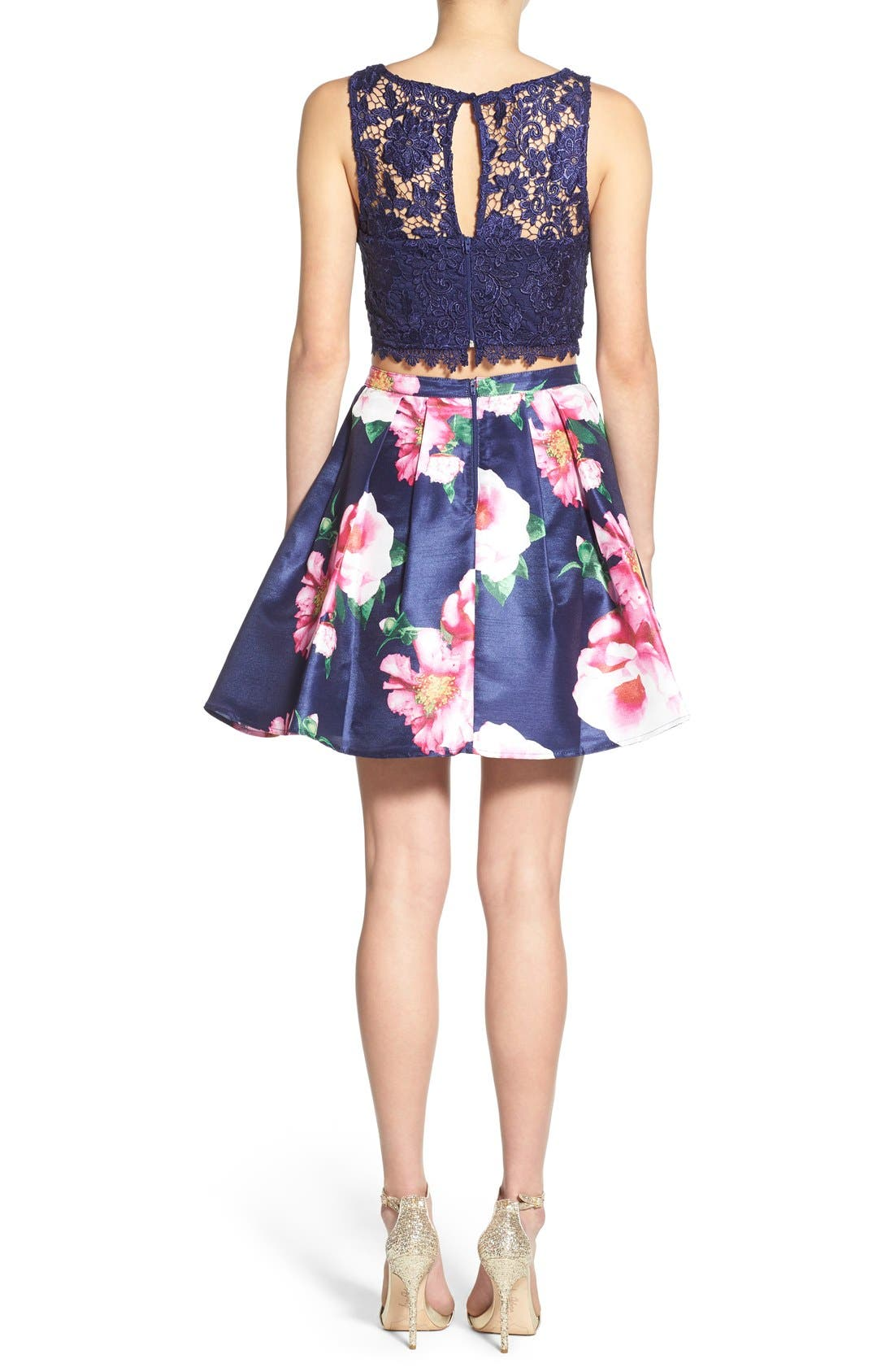 Alternate Image 2  - Sequin Hearts Floral Print Lace Two-Piece Dress