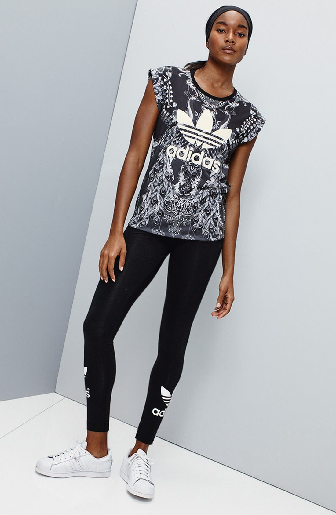 Alternate Image 7  - adidas Originals Logo Leggings