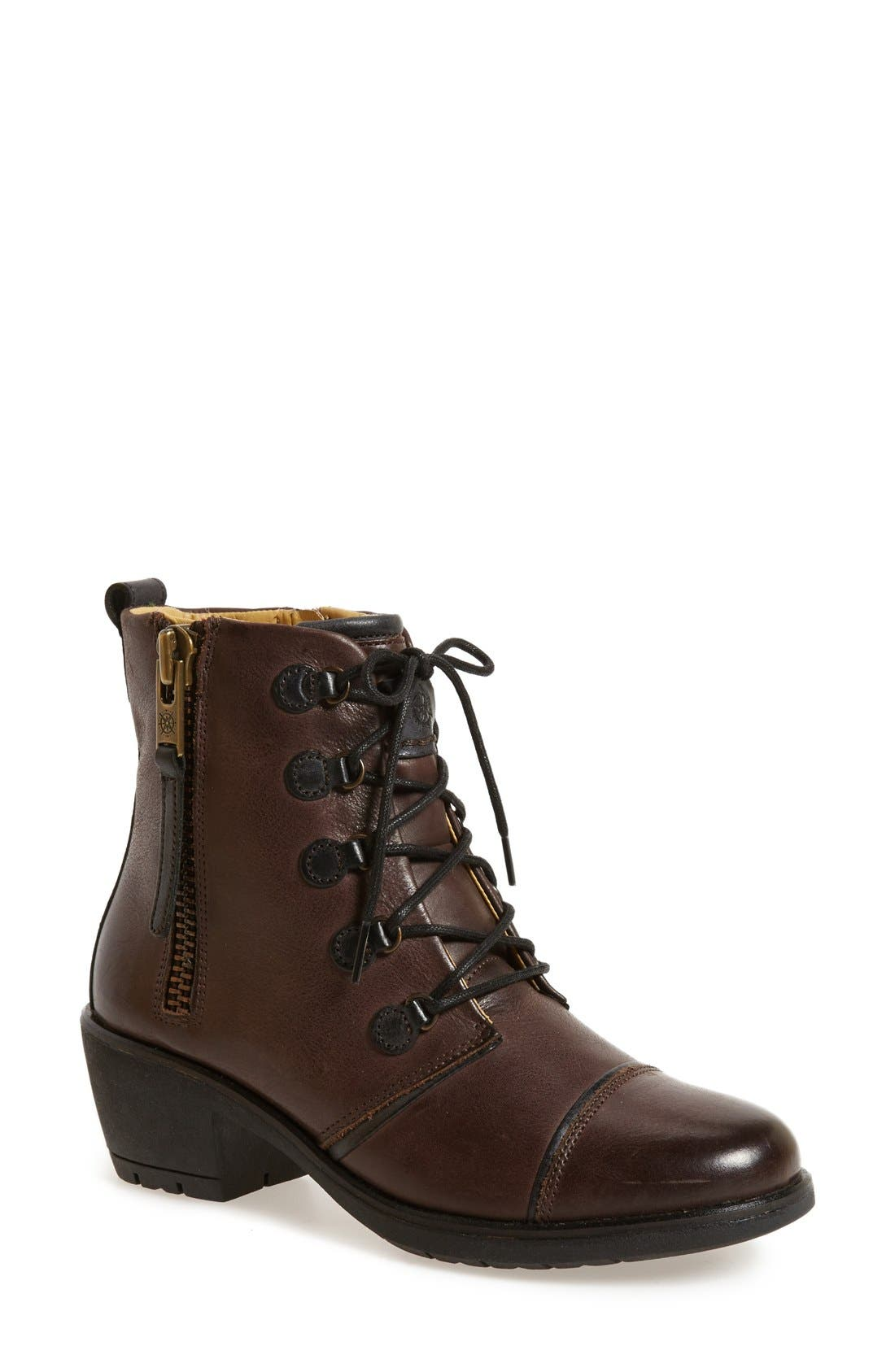 BUSSOLA 'Shelley' Lace-Up Boot