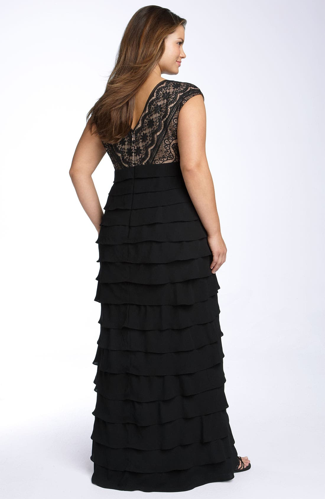 Alternate Image 2  - Adrianna Papell Lace & Shutter Pleat Gown (Plus Size)