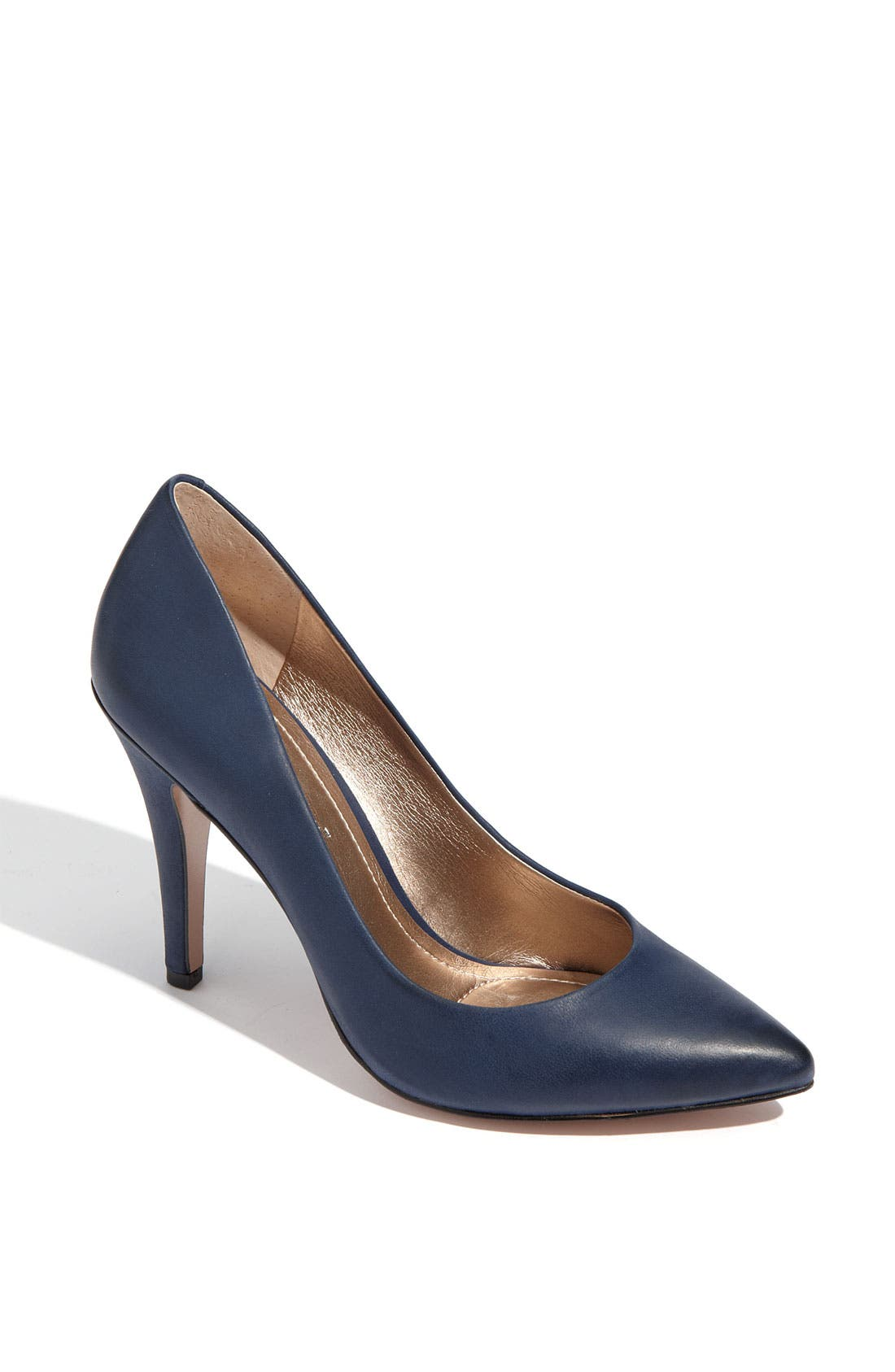 Alternate Image 1 Selected - BCBGeneration 'Cielo' Pump