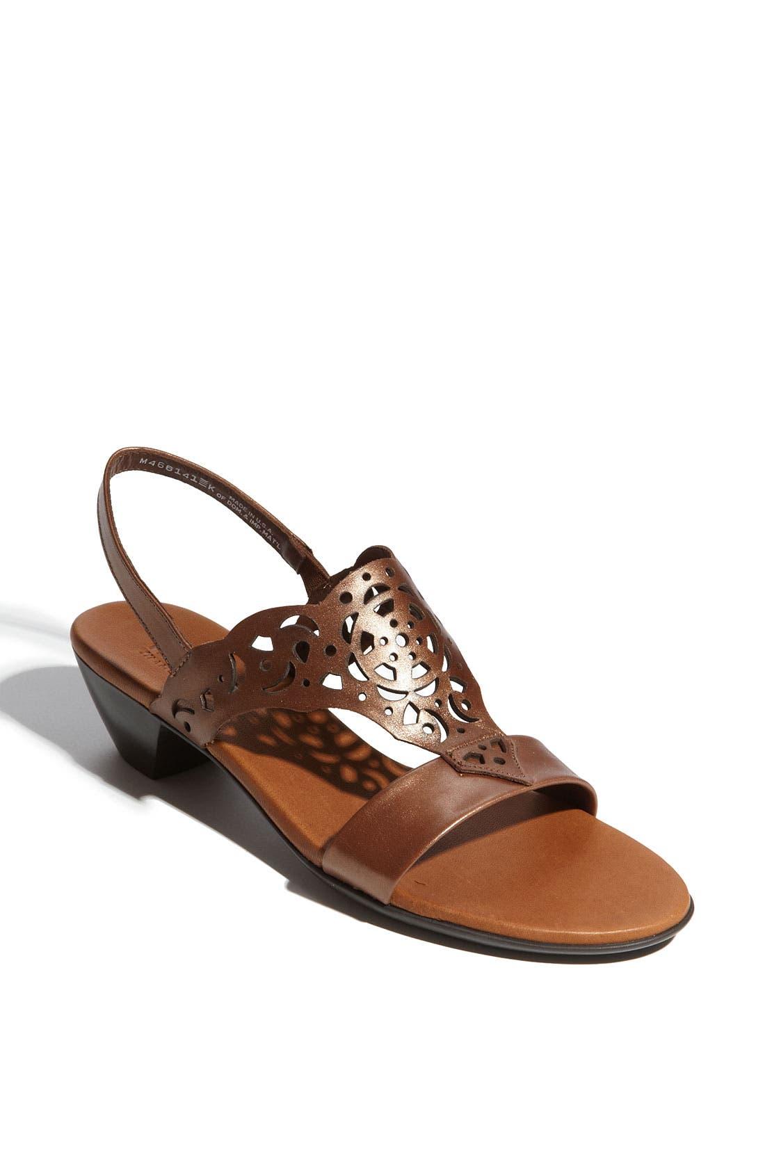 Alternate Image 1 Selected - Munro 'Tahiti' Sandal
