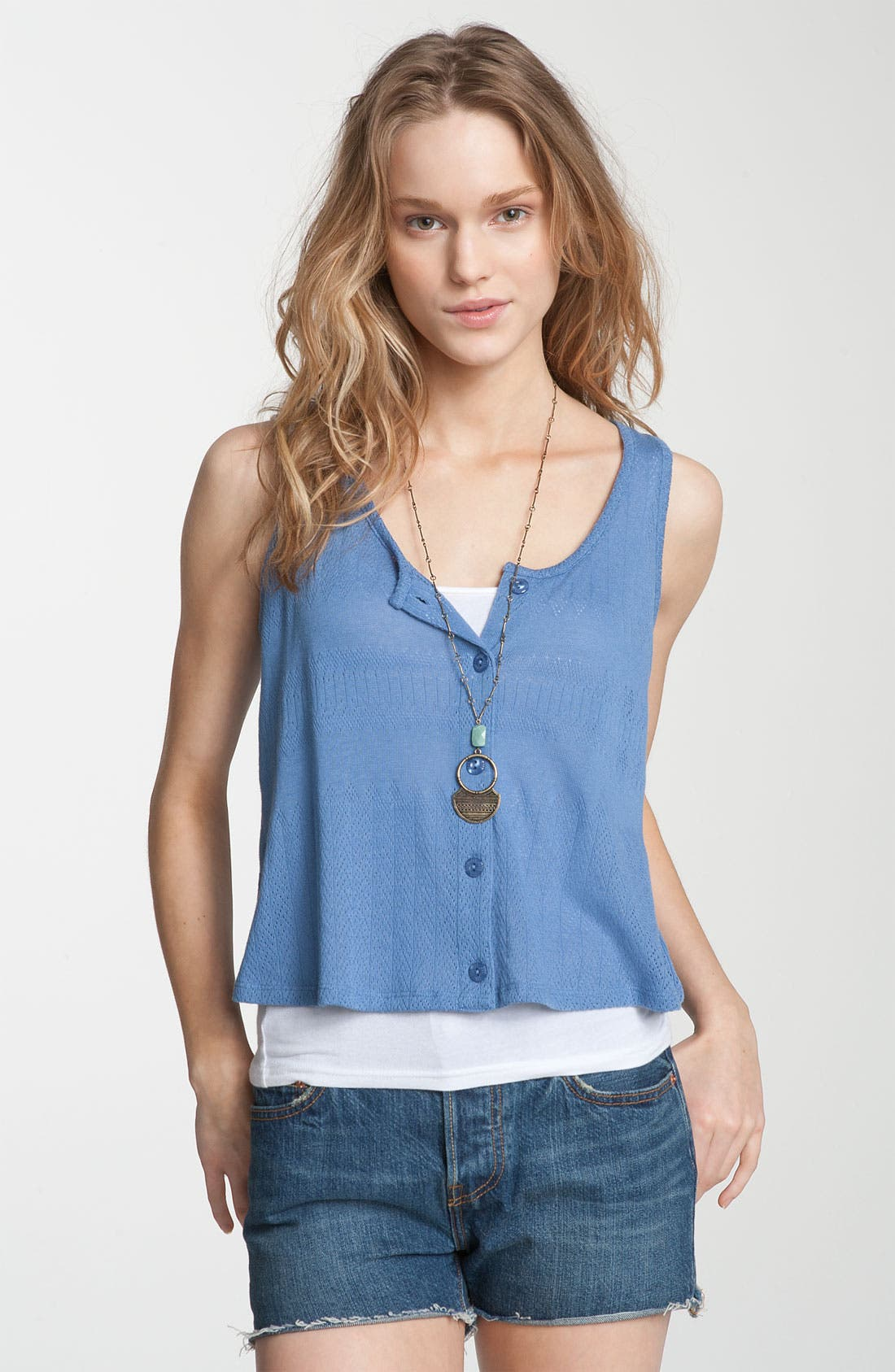 Alternate Image 1 Selected - Rubbish® Button Front Crop Tank (Juniors)