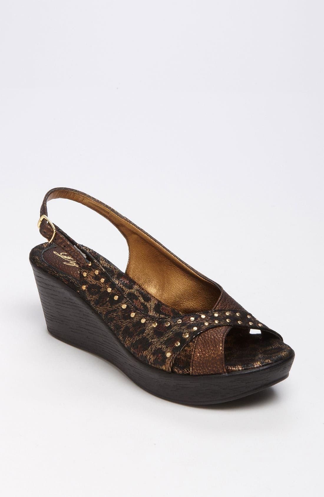 Main Image - Dezario 'Roma' Sandal