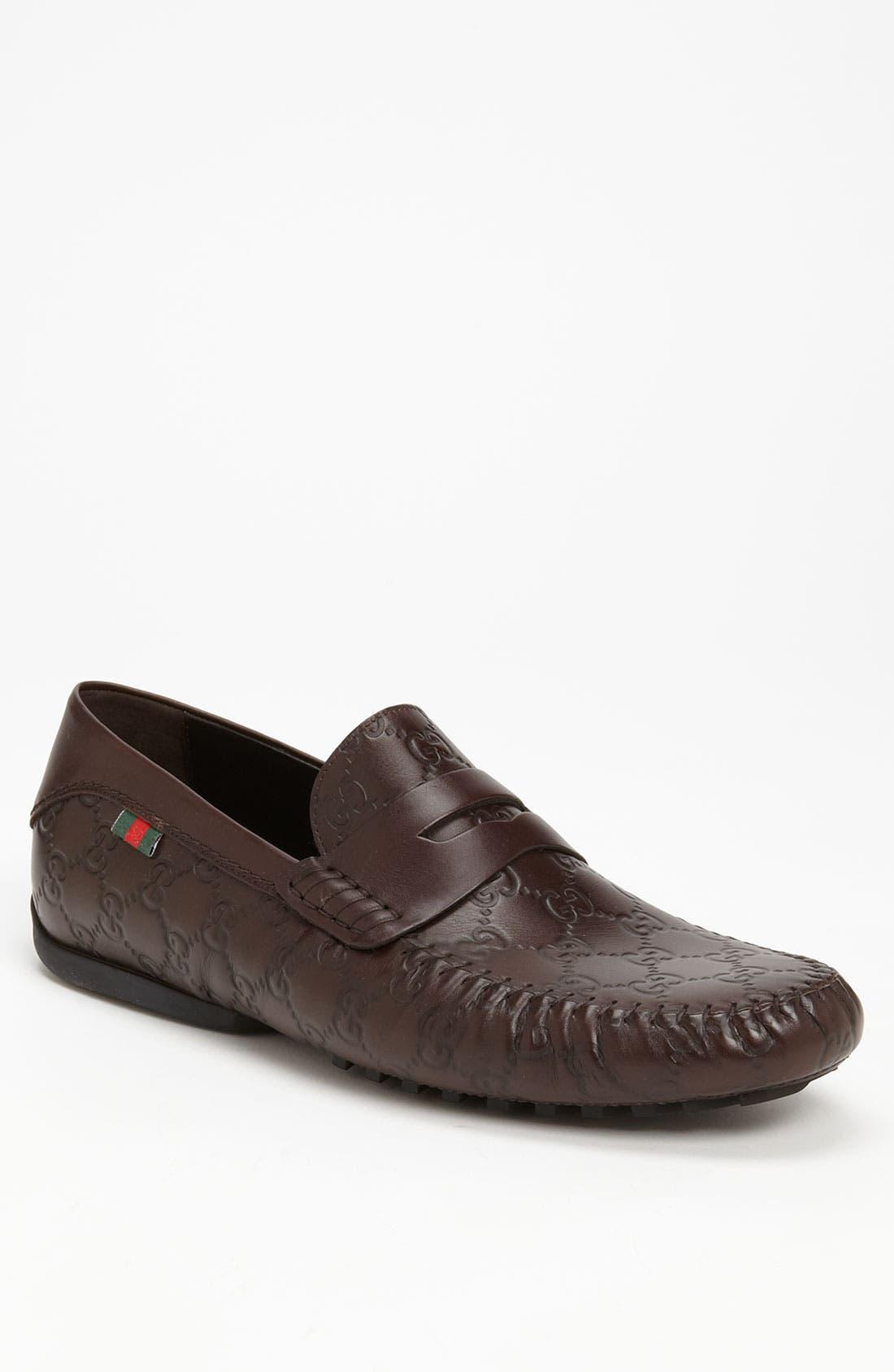 Alternate Image 1 Selected - Gucci 'San Marino' Driving Shoe