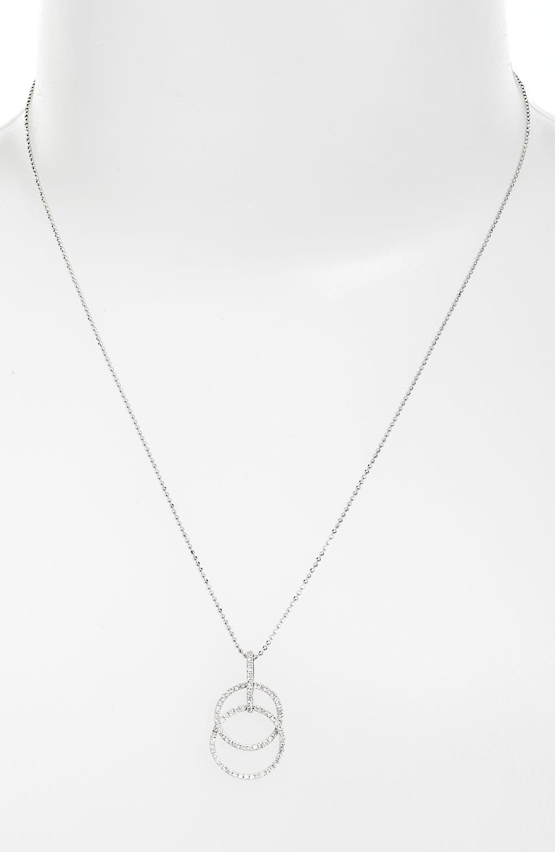 Main Image - Bony Levy 'Circle Links' Diamond Pendant Necklace (Nordstrom Exclusive)
