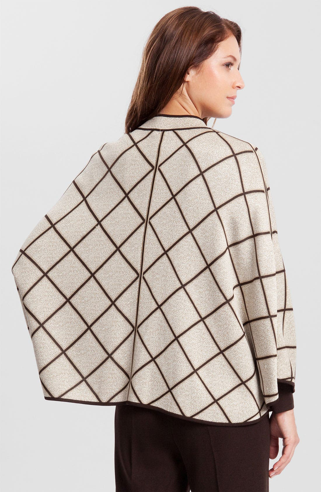 Alternate Image 2  - Ming Wang Reversible Knit Cape