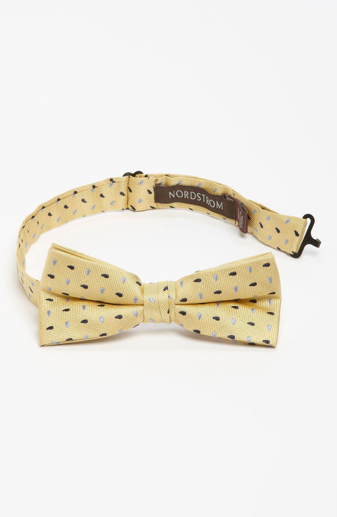 Alternate Image 1 Selected - Nordstrom Silk Bow Tie (Little Boys)