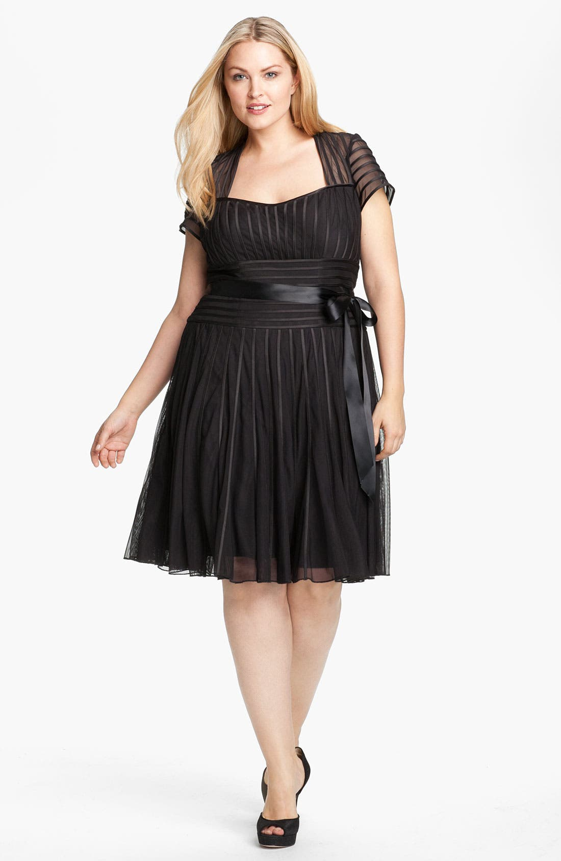 Main Image - JS Collections Ribbon Trim Mesh Sweetheart Dress (Plus)