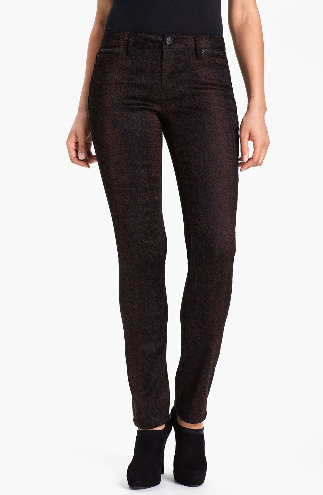 Alternate Image 1 Selected - Liverpool Jeans Company 'Sadie' Print Straight Leg Sateen Jeans (Petite) (Online Only)