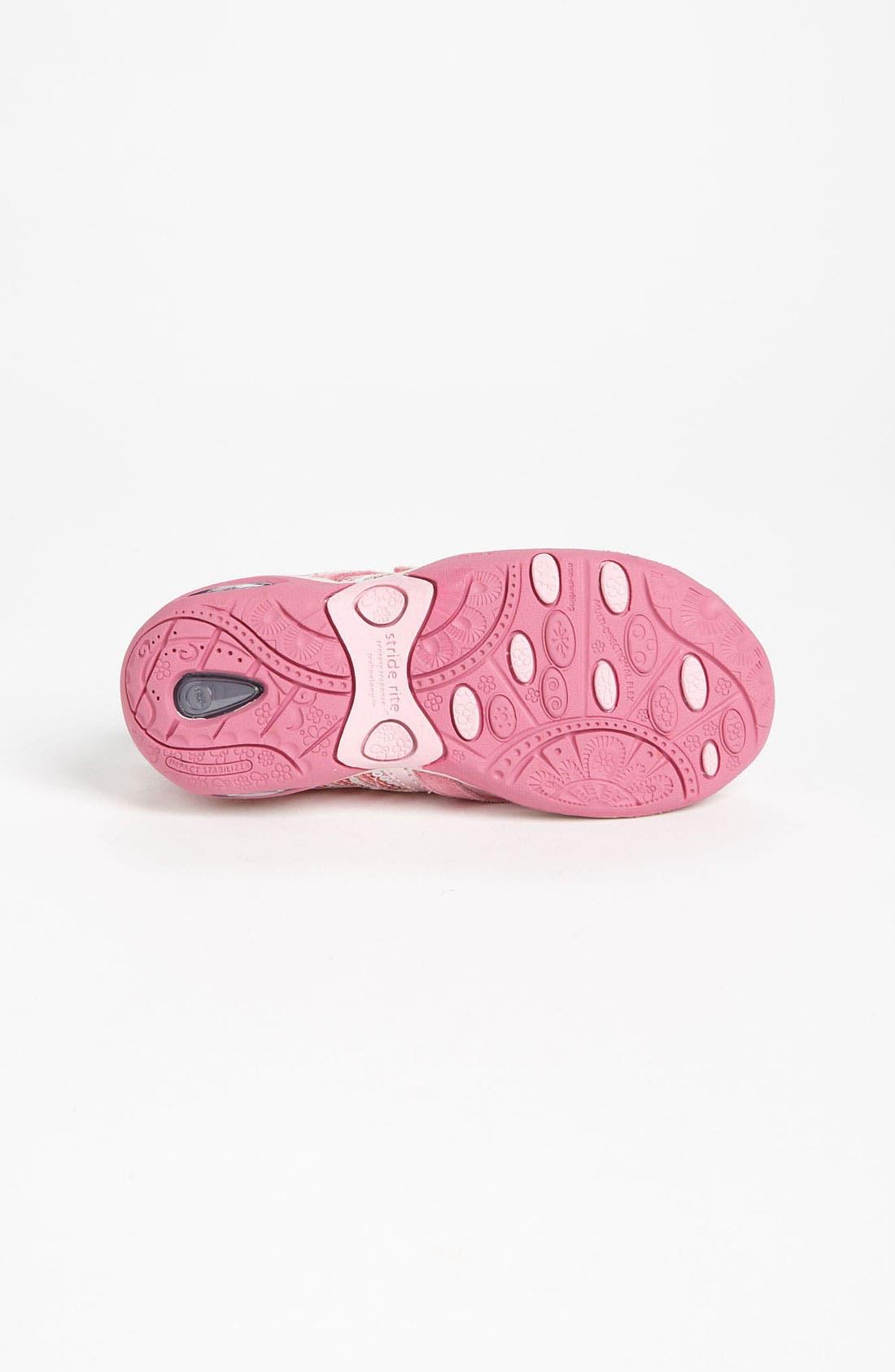 Alternate Image 4  - Stride Rite 'Maxi' Sneaker (Toddler & Little Kid)