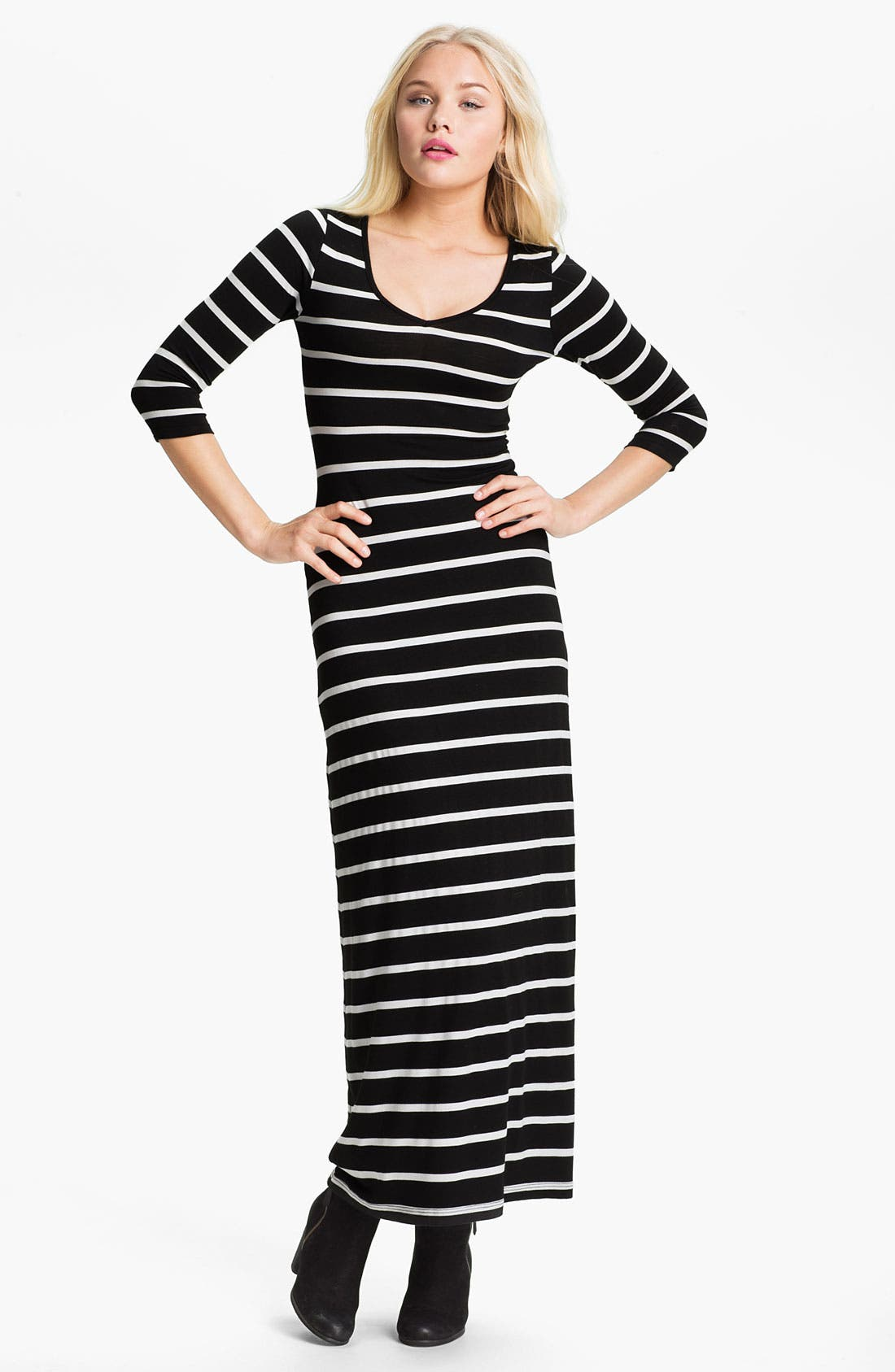 Alternate Image 1 Selected - Soprano Stripe Maxi Dress (Juniors)