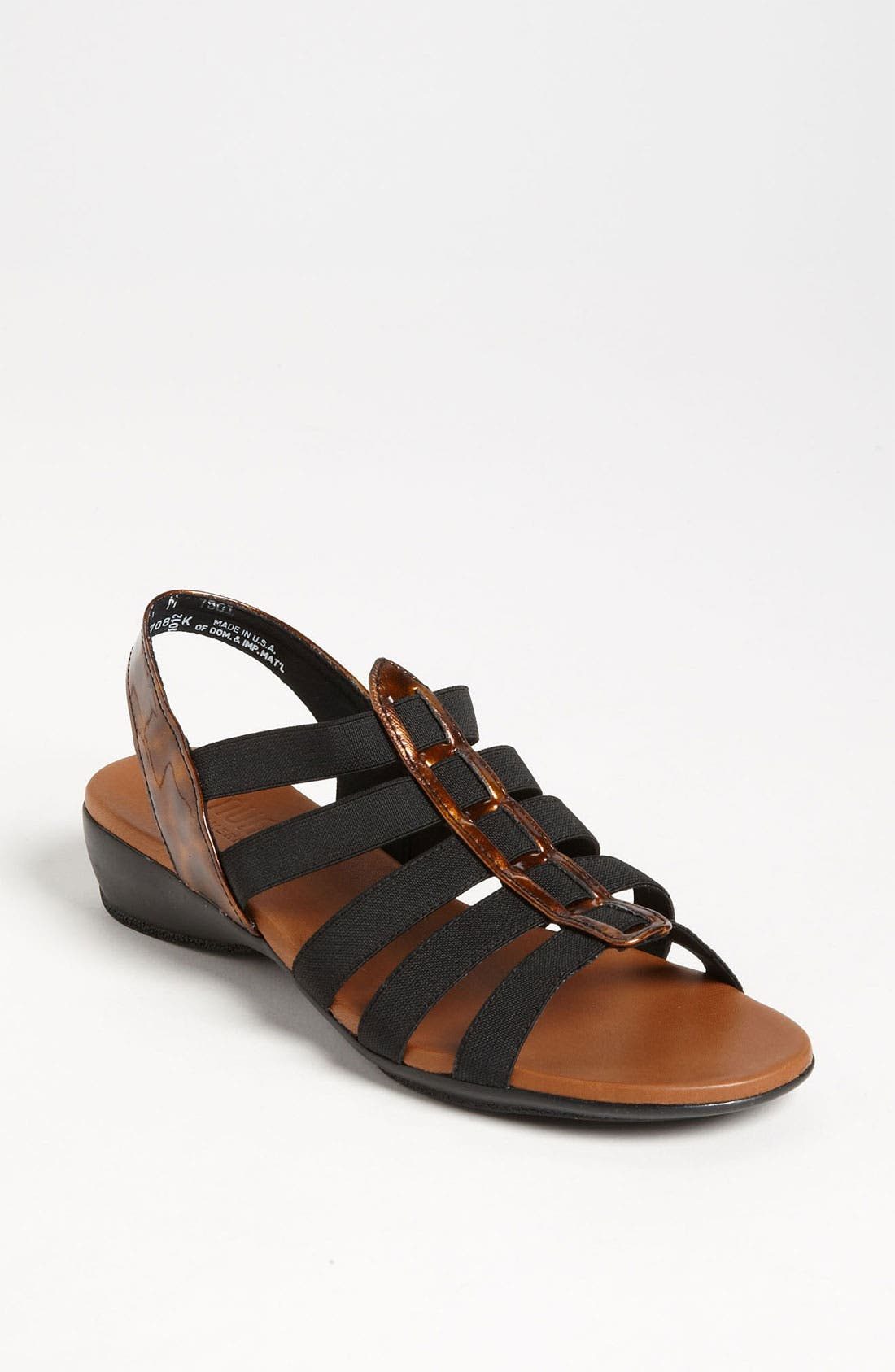 Alternate Image 1 Selected - Munro 'Darian' Sandal