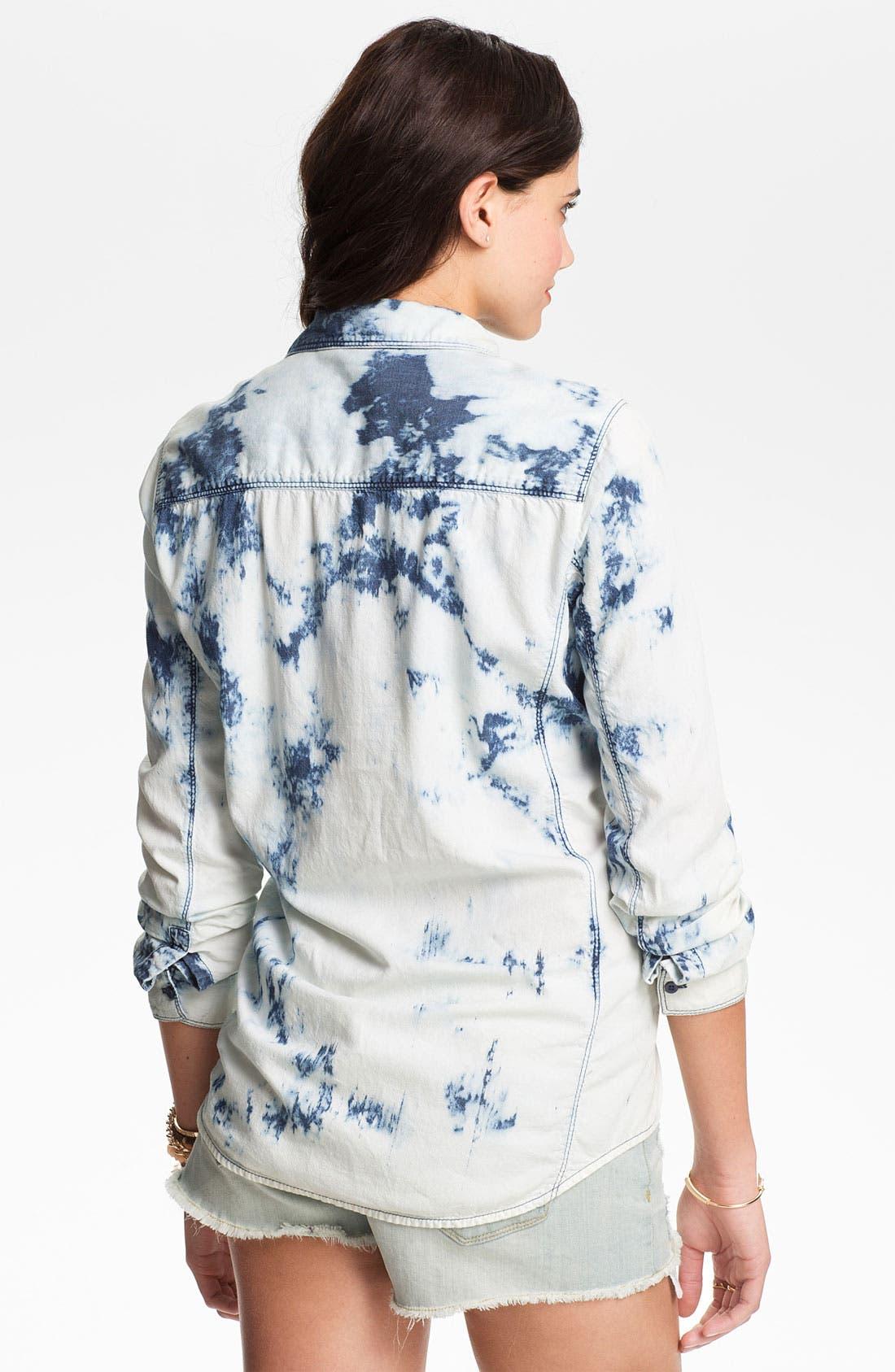 Alternate Image 2  - Rubbish® Bleached Chambray Shirt (Juniors)