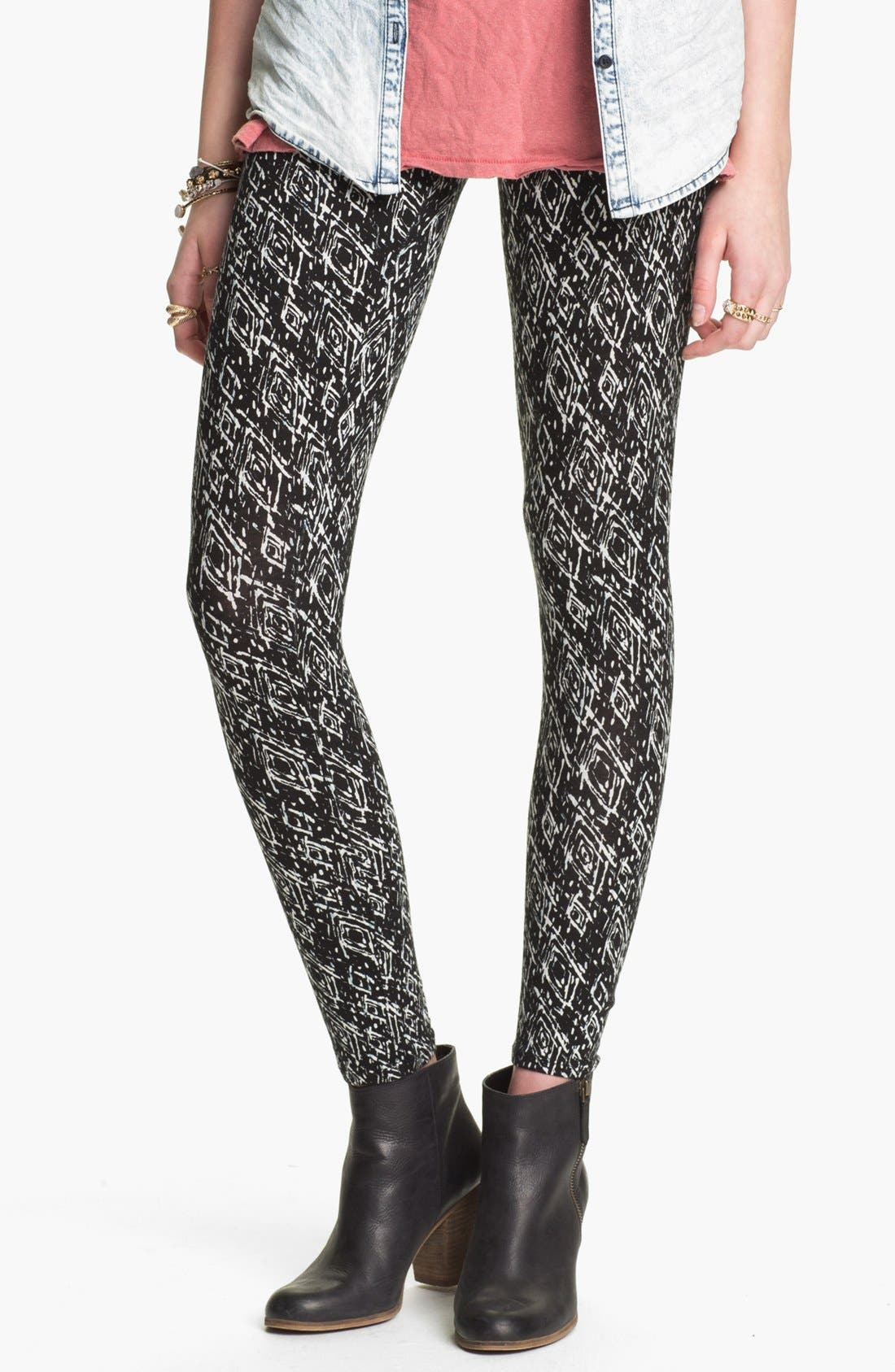 Alternate Image 1 Selected - Mimi Chica Print Leggings (Juniors)