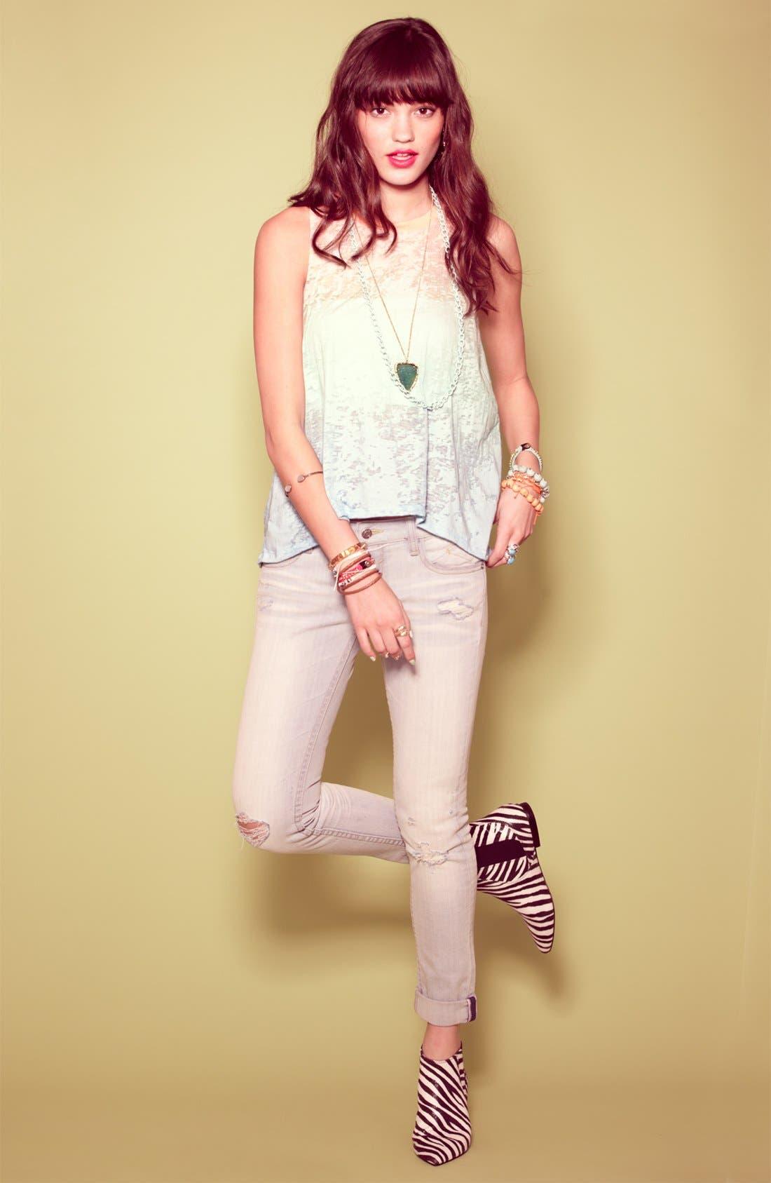 Alternate Image 1 Selected - Robin K Tee & Vigoss Jeans