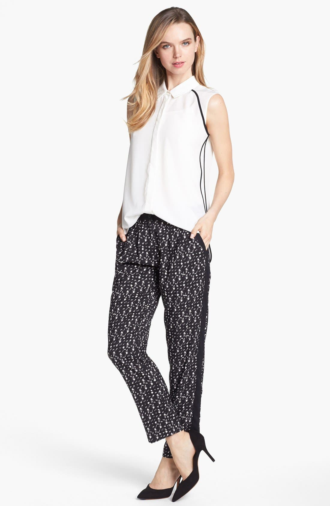 Alternate Image 1 Selected - Vince Camuto Pleated Tuxedo Stripe Print Pants