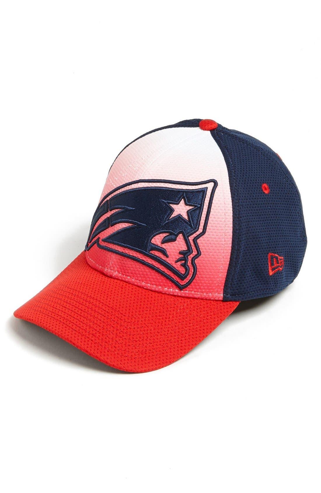 Alternate Image 1 Selected - New Era Cap 'Gradation - New England Patriots' Baseball Cap