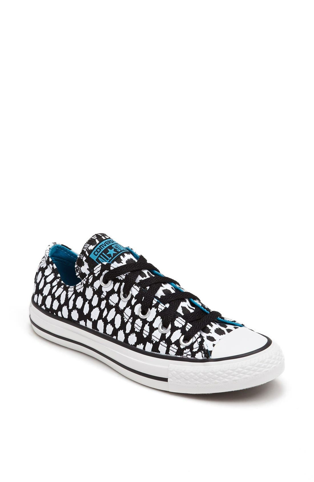 Main Image - Converse Chuck Taylor® All Star® Low Sneaker