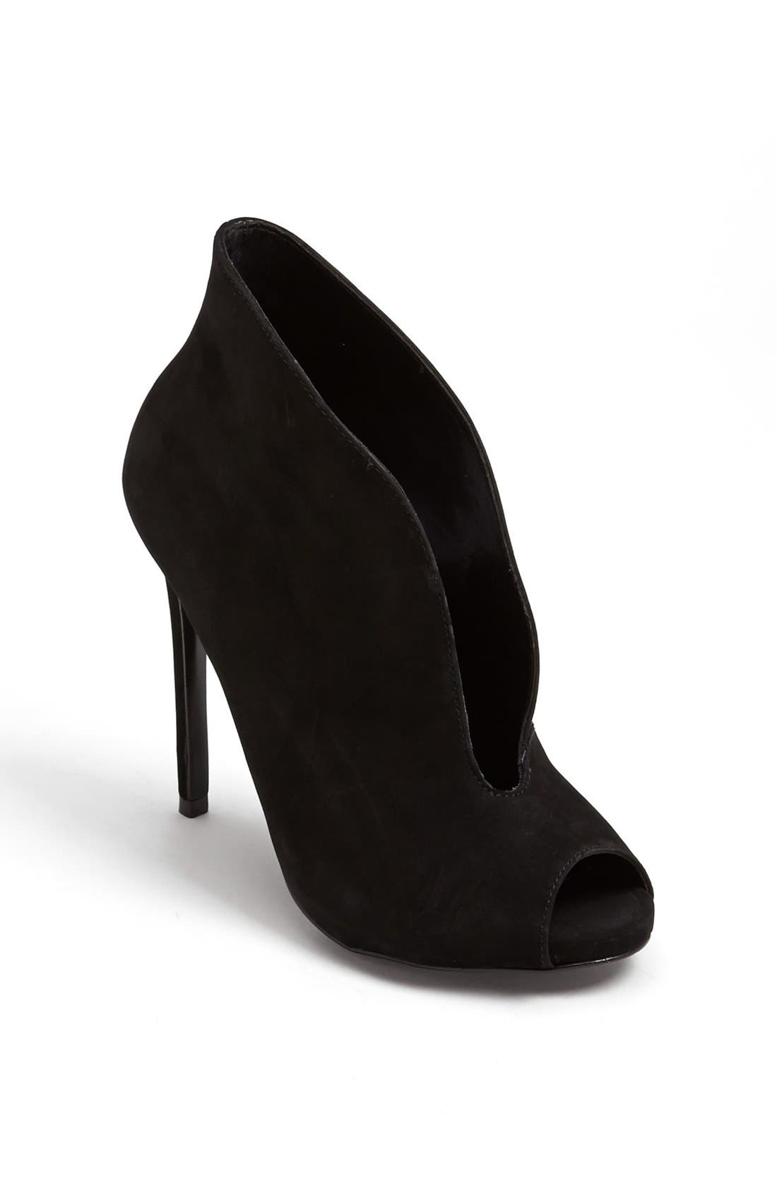 Alternate Image 1 Selected - Steve Madden 'Stellth' Bootie
