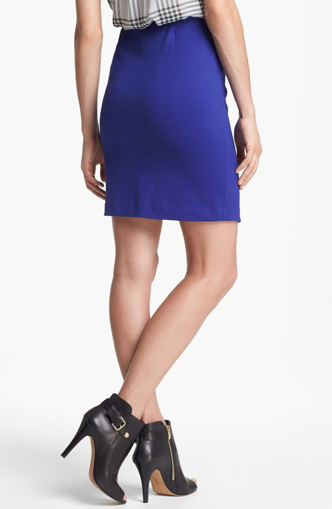 Alternate Image 4  - Vince Camuto Front Zip Pencil Skirt