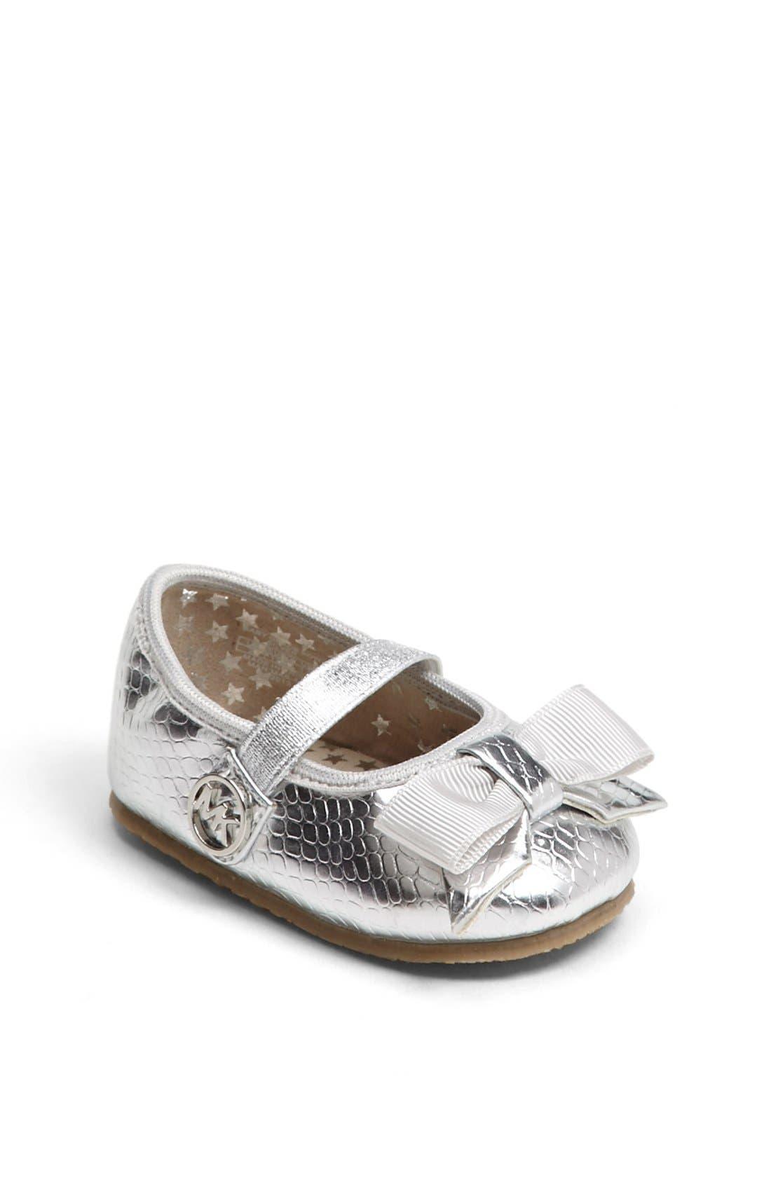 Main Image - MICHAEL Michael Kors 'Grace' Crib Shoe (Baby)