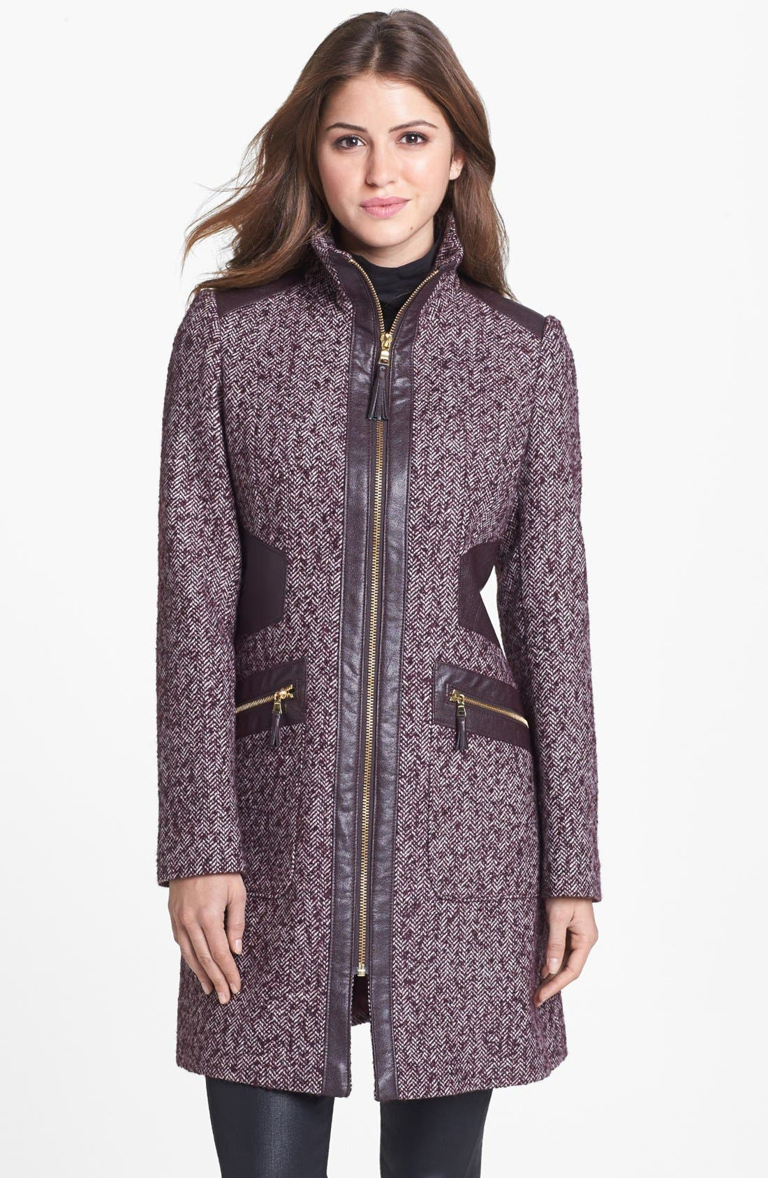 Main Image - Via Spiga Faux Leather Trim Herringbone Tweed Coat